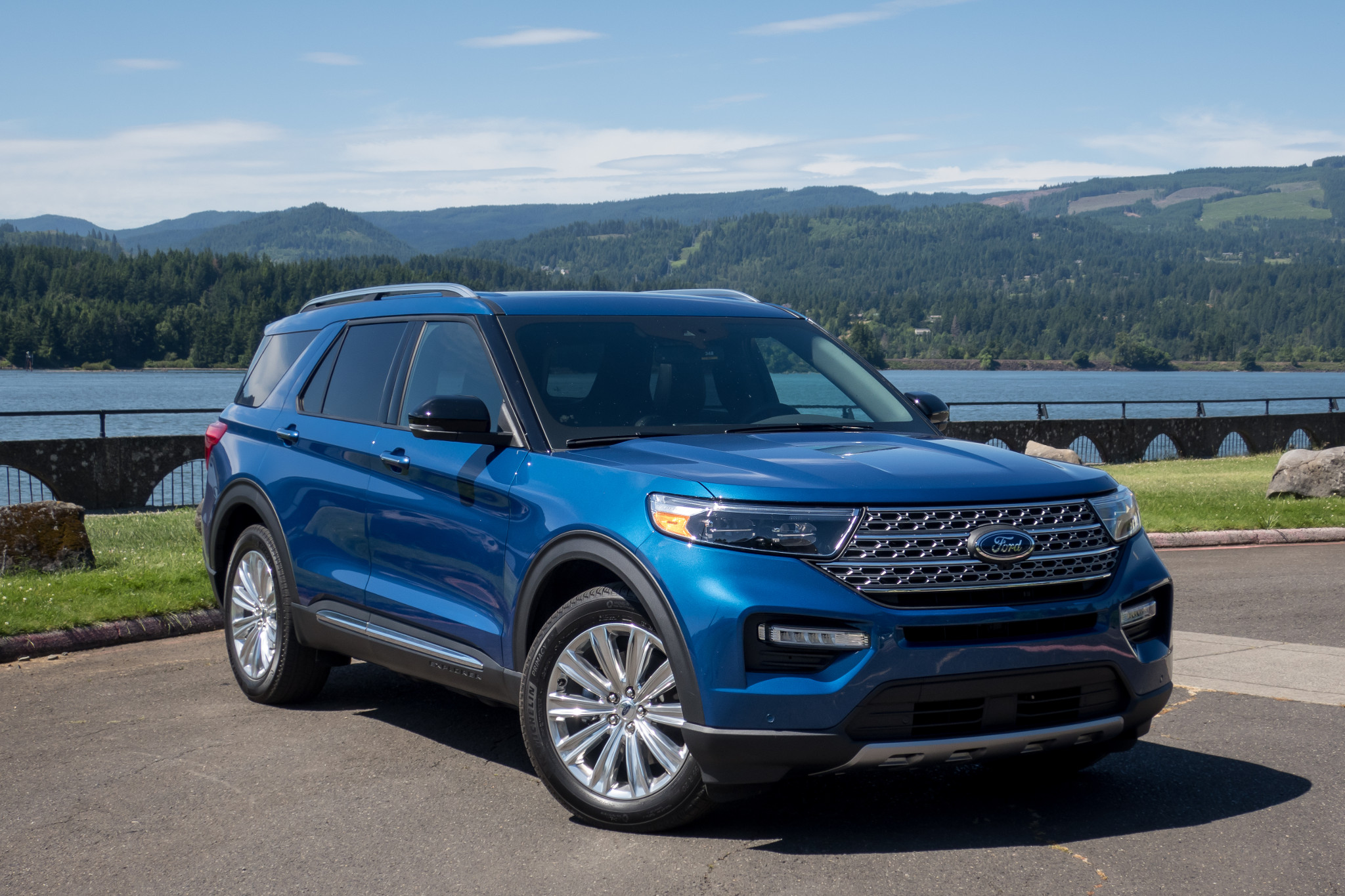 New Ford Explorer >> 2020 Ford Explorer First Drive Charting New Territory