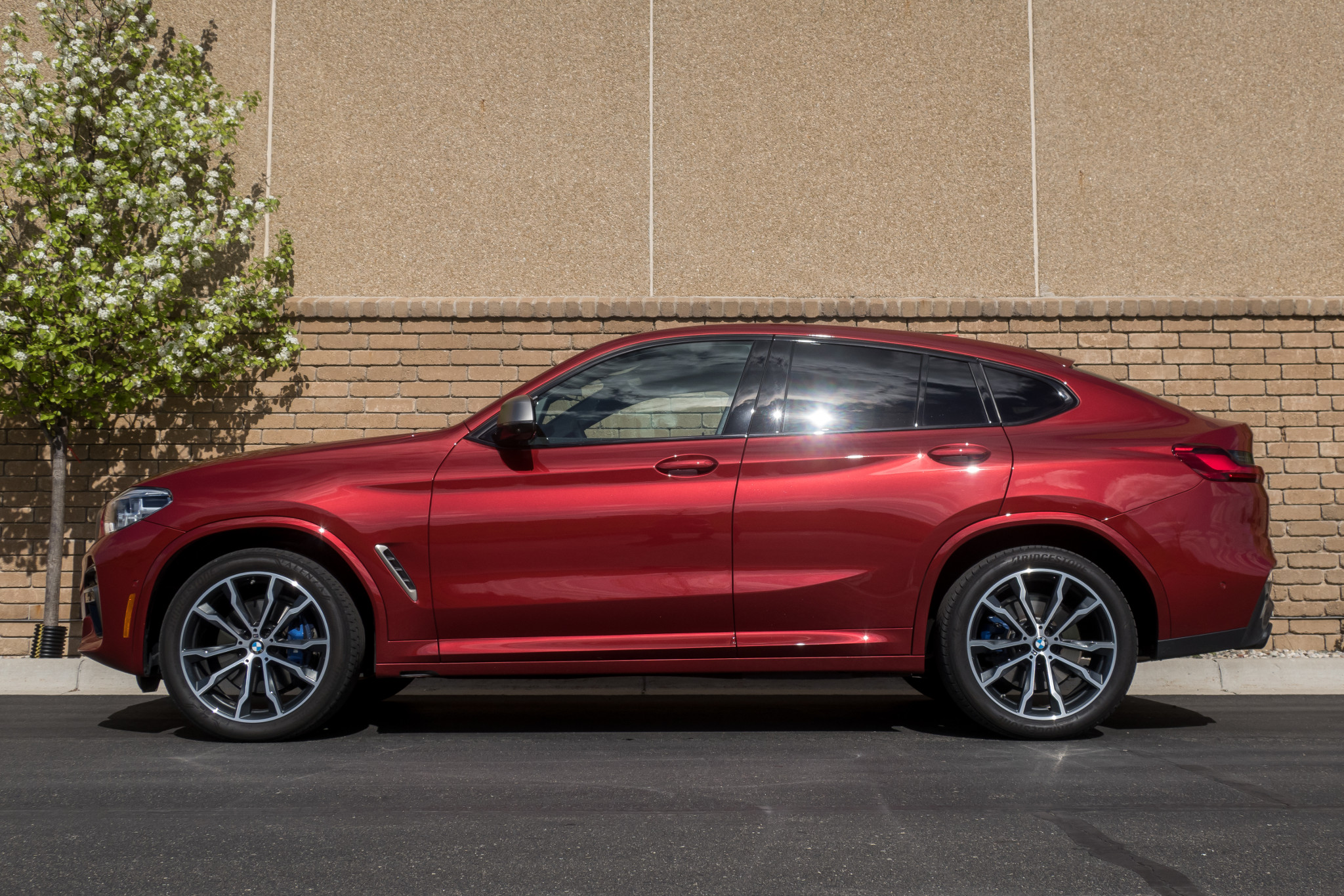 2019 BMW X4: 8 Things We Like and 2 Things We Don't
