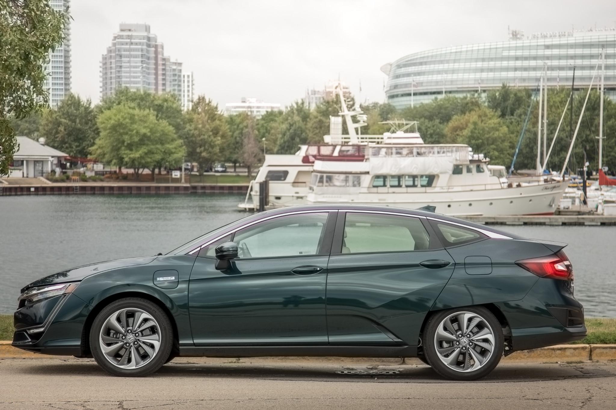 Cars Com Reviews >> Top 10 Car Reviews Of 2019 Suvs Aim To Please But Honda