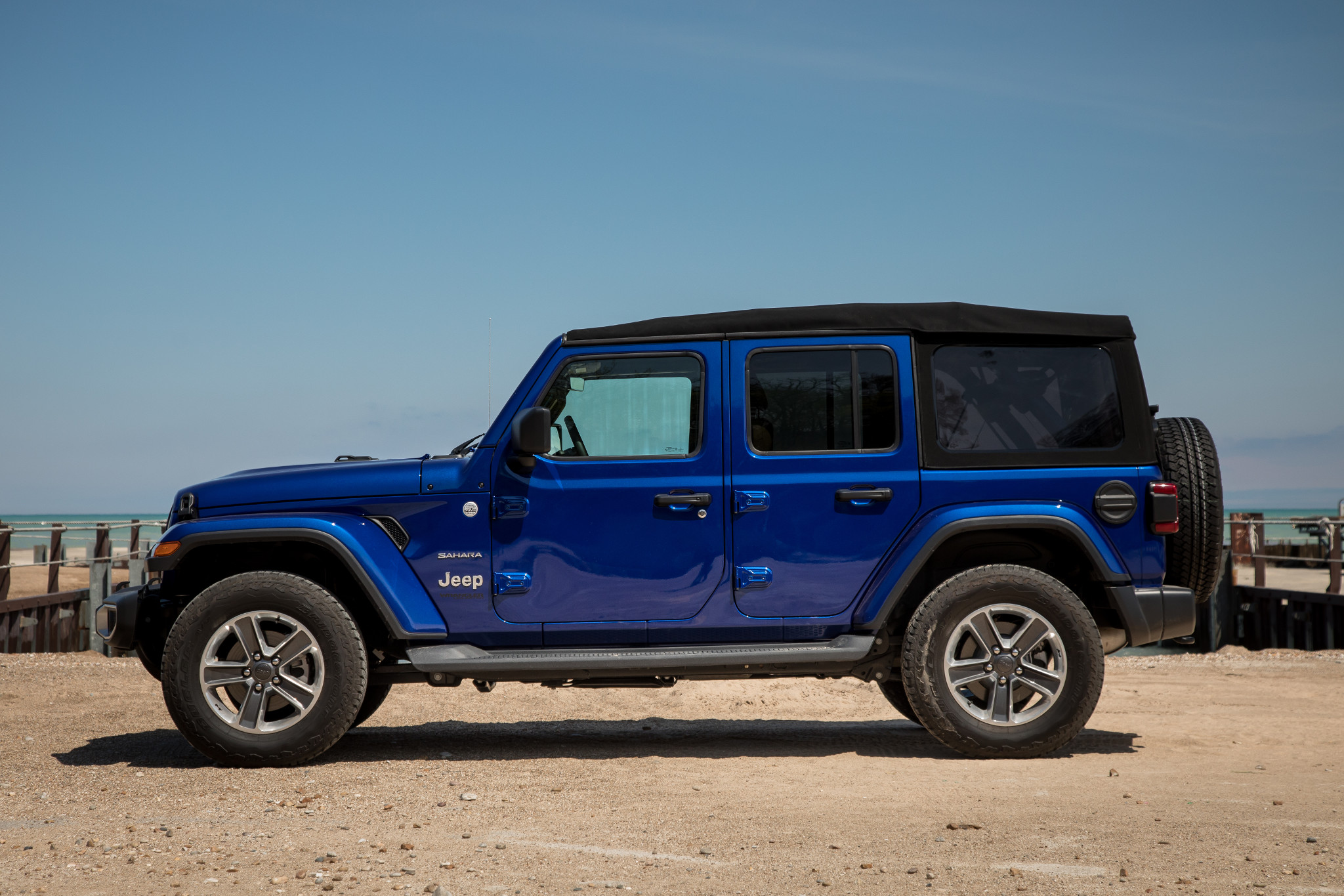 Why The Jeep Wrangler S Soft Top Is Way Better Now News