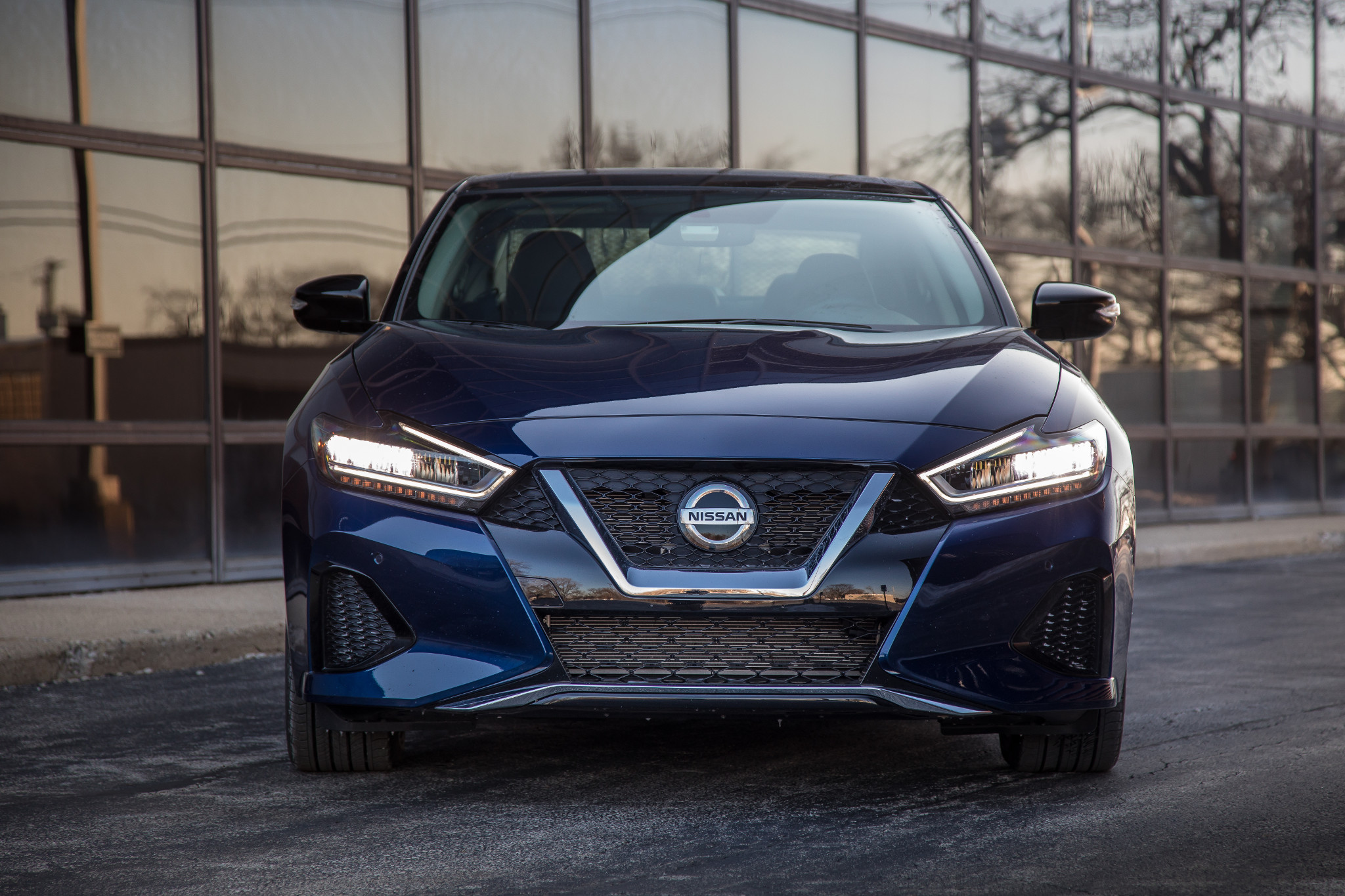 2019 Nissan Maxima 2 Things We Like And Um 4 Things We