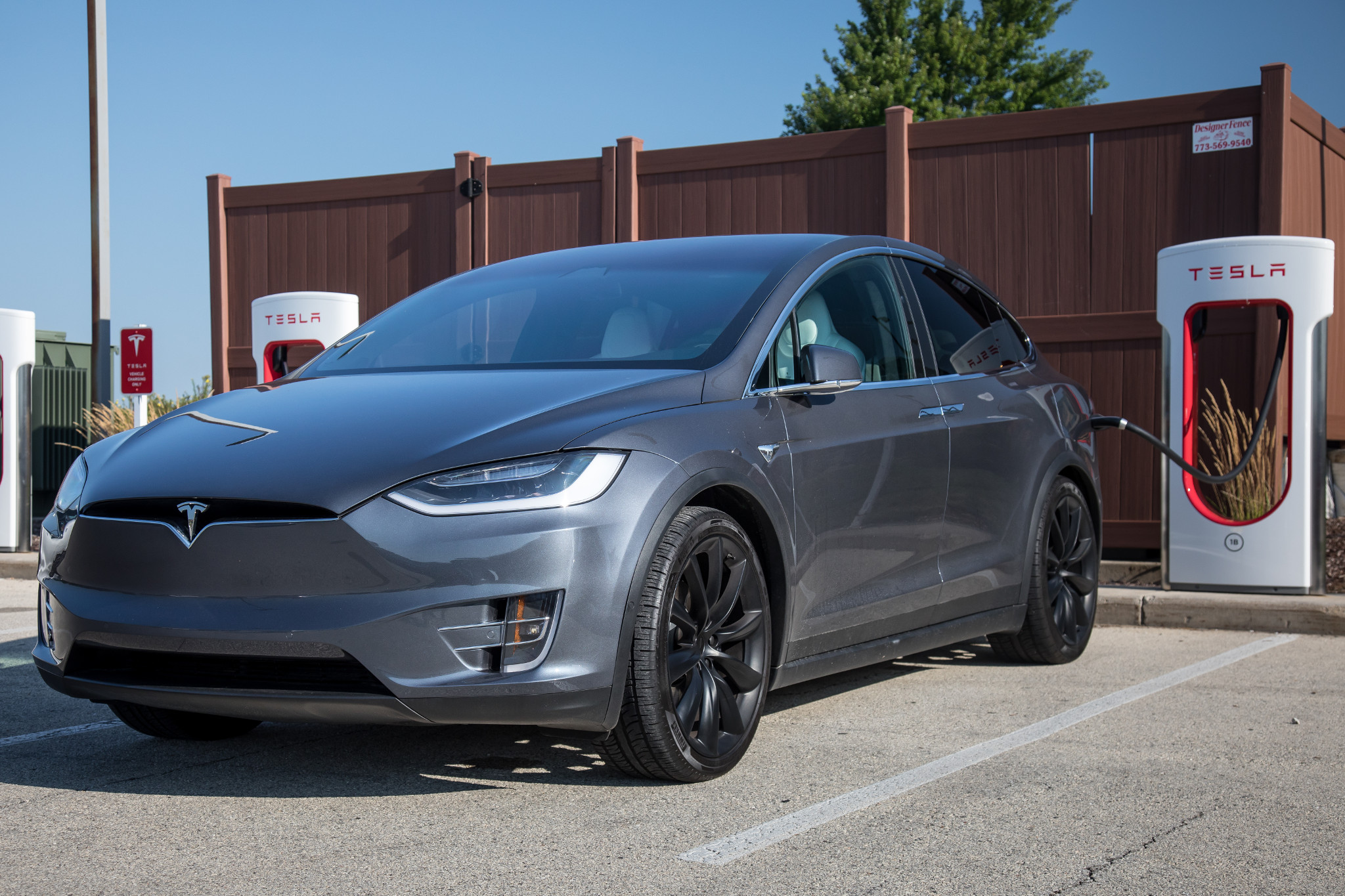 The Week in Tesla News: Unintended Acceleration Alleged, Michigan Sales Settlement Nigh and Cybertruck T-Shirts