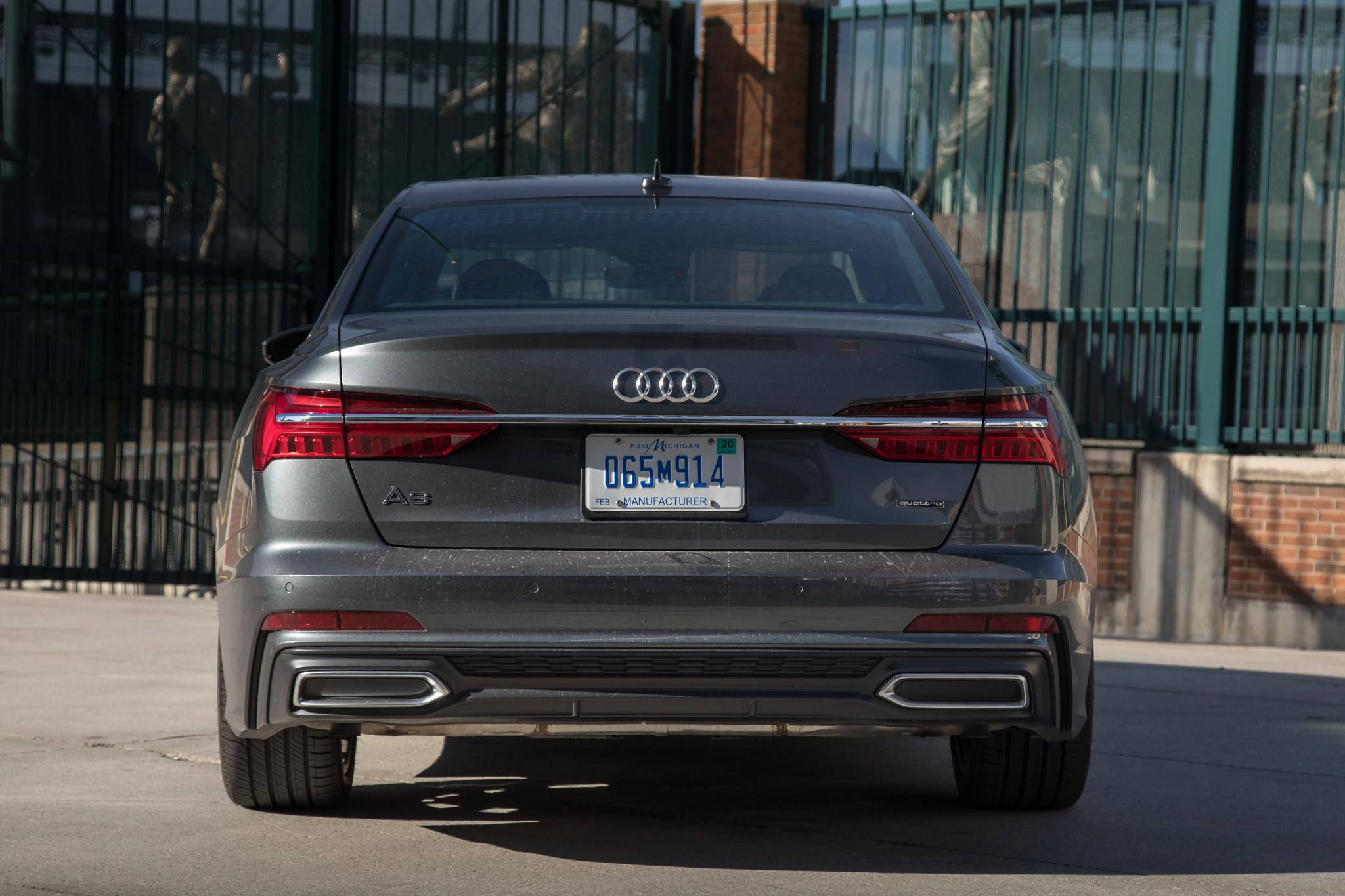 05-audi-a6-2019-exterior--grey--rear.jpg