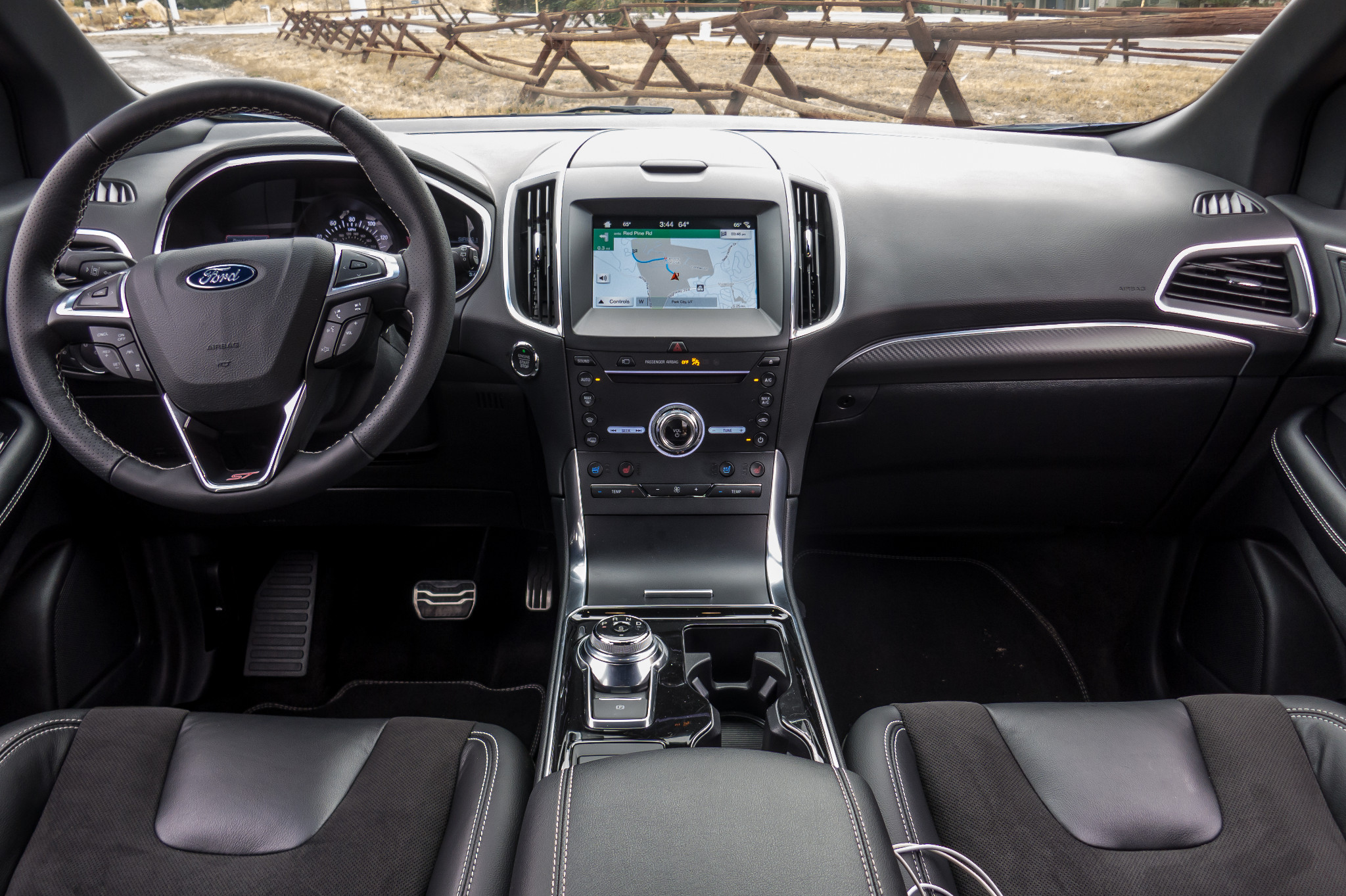 08-ford-edge-st-2019-front-row--interior--wide.jpg