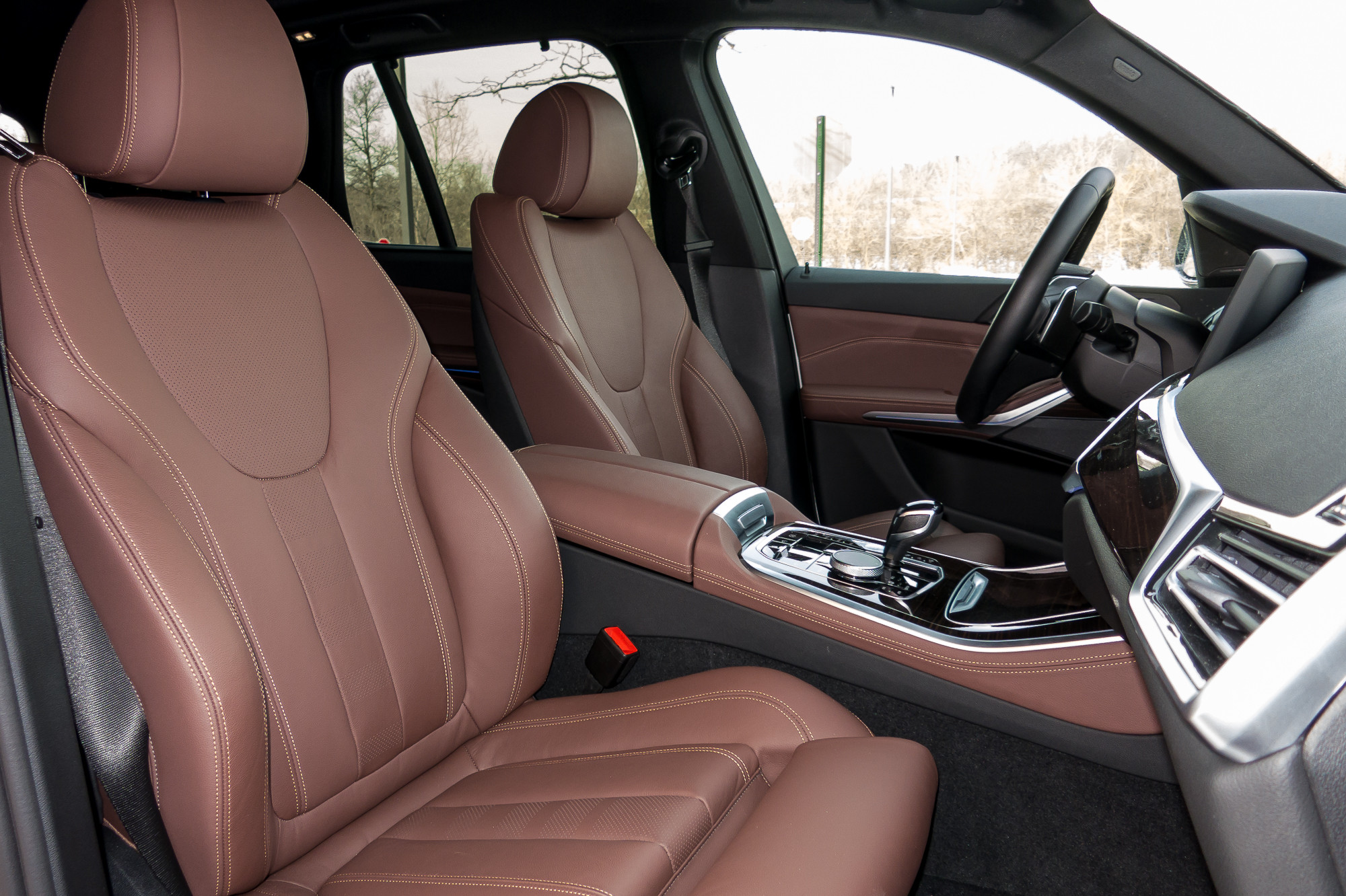 12-bmw-x5-2019-front-row--interior--seat.jpg