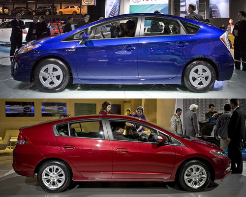 2010 Honda Insight Vs 2010 Toyota Prius News Cars Com