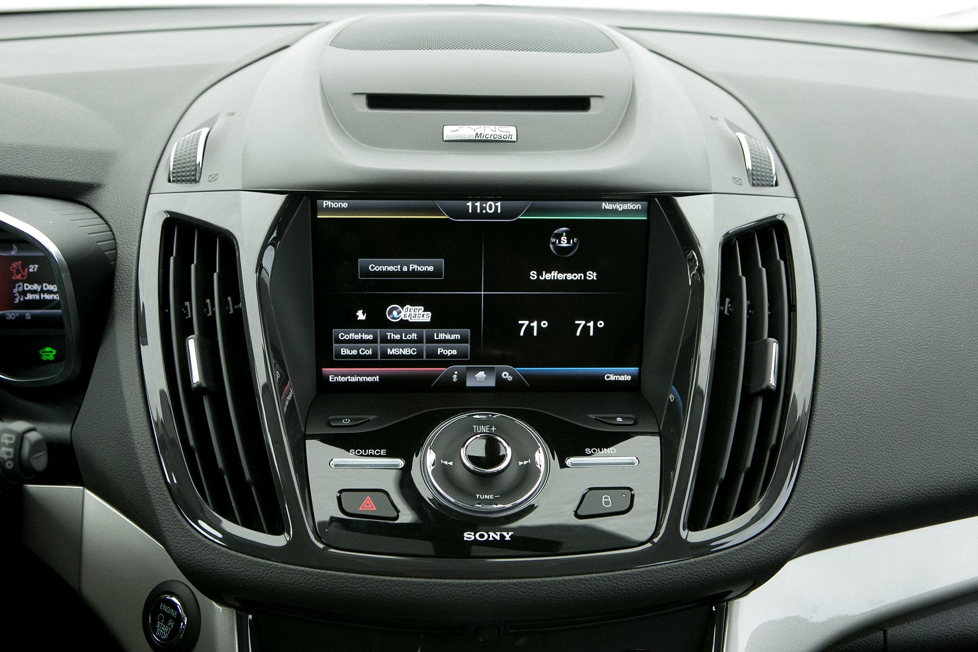 13-ford-c-max-hybrid-myford-touch-es