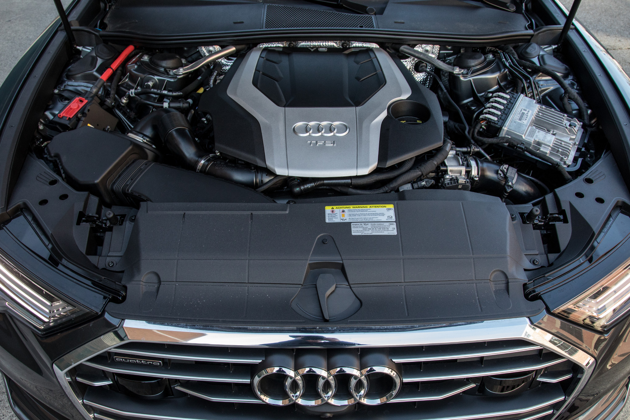 14-audi-a6-2019-engine--exterior--grey.jpg