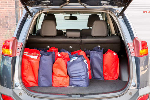 Toyota Rav4 Cargo Space Dimensions >> 2014 Toyota Rav4 Cargo Capacity Breakdown News Cars Com