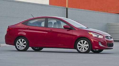 Hyundai Accent 2012mpg >> 2012 Hyundai Accent A 40 Mpg Value At 12 445 News Cars Com