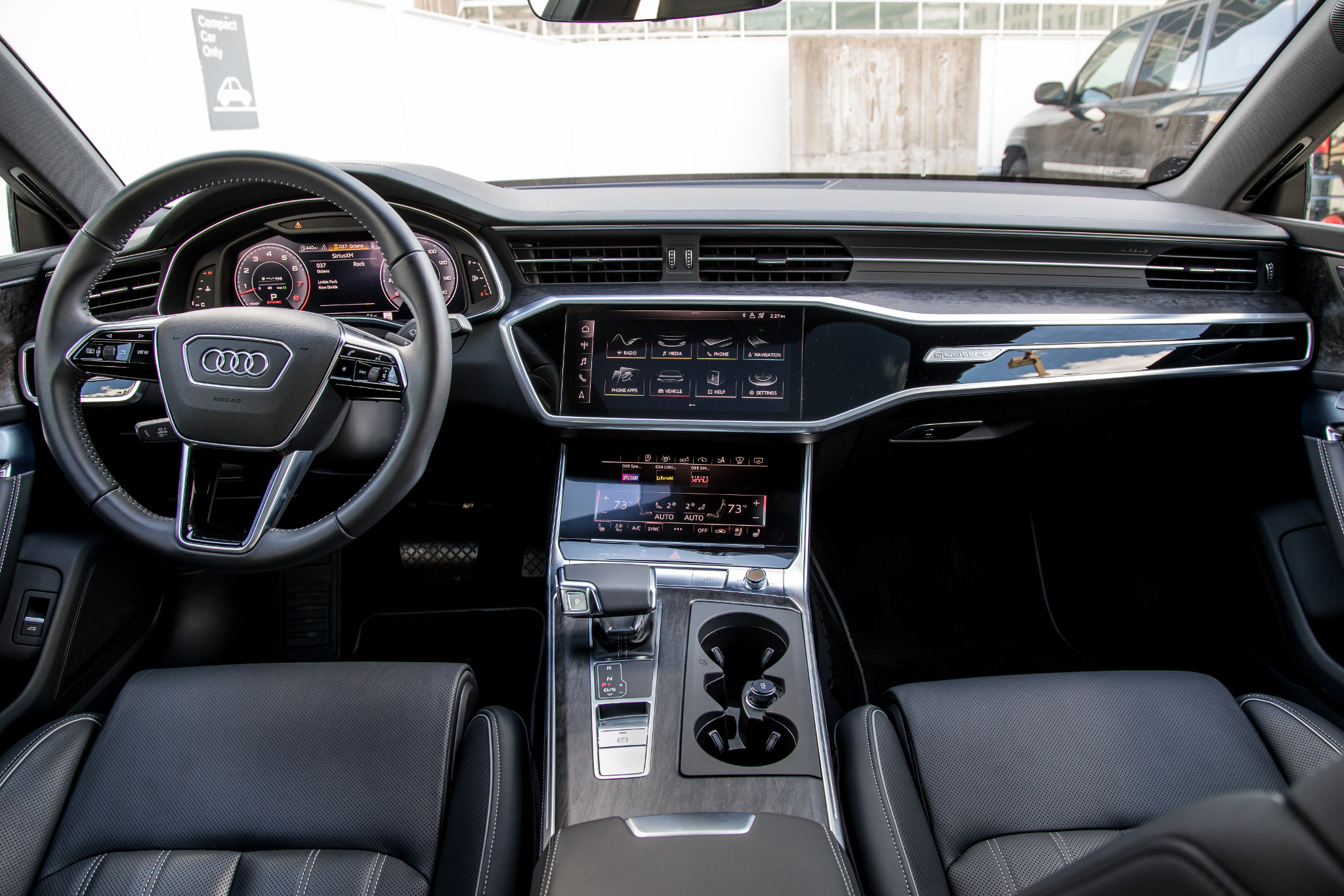 16-audi-a7-2019-cockpit-shot--front-row--interior.jpg