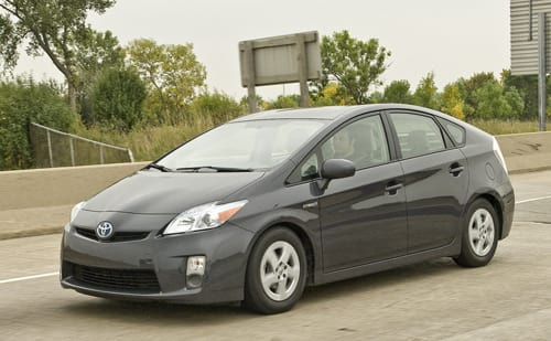 2010 Toyota Prius Vs 2010 Honda Insight The Commute News Cars Com