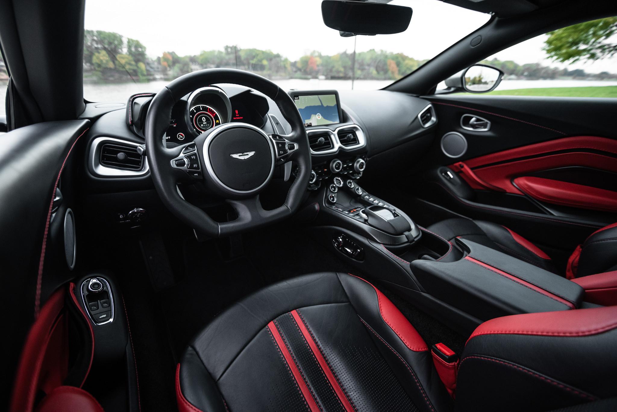 19-aston-martin-vantage-2018-black--front-row--interior--red--two-tone.jpg