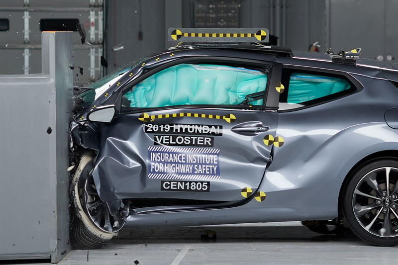 Tiny 2019 Hyundai Veloster Shows Up Big in Safety Ratings