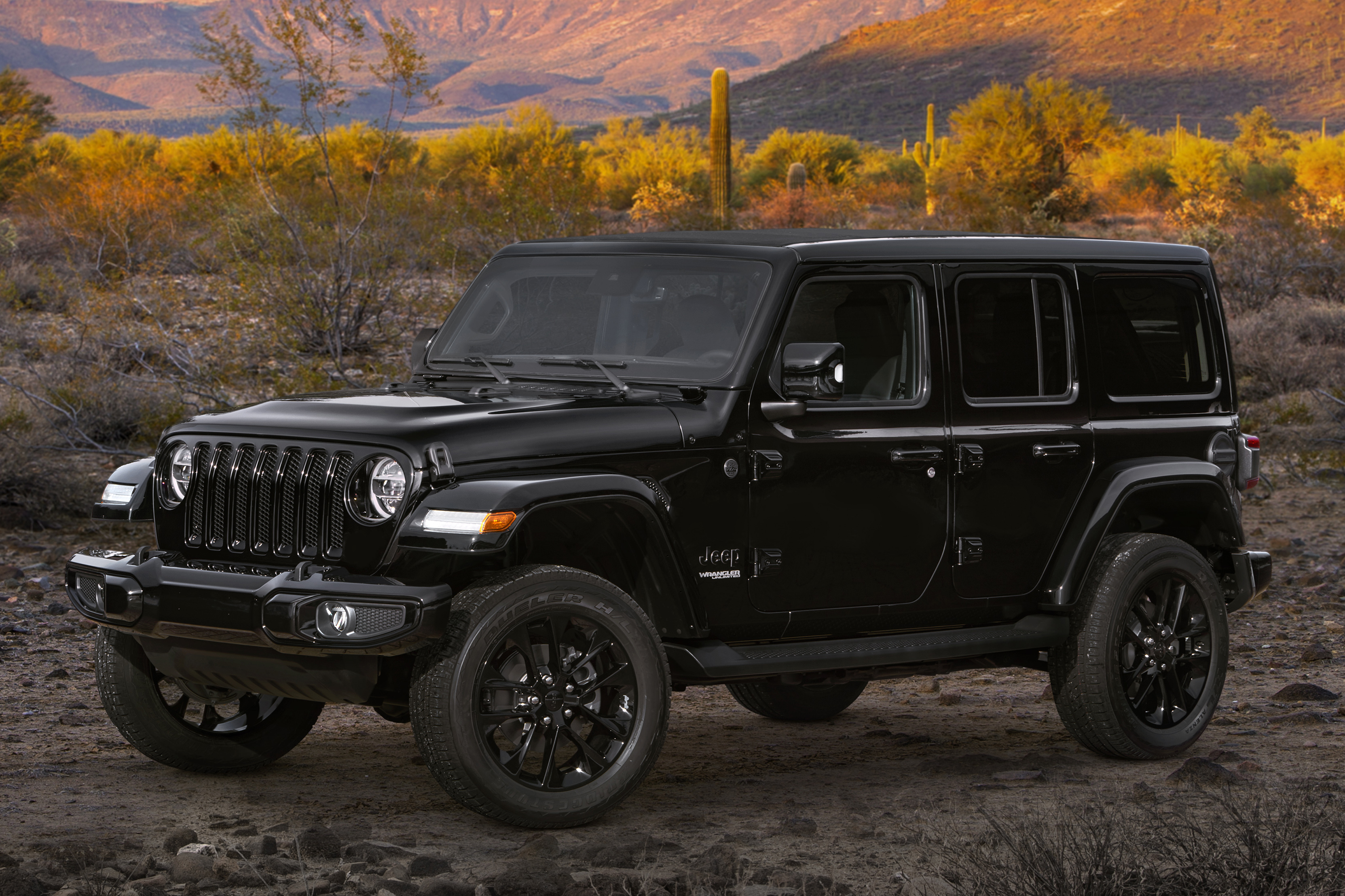 2020 Jeep Wrangler, Gladiator High Altitude: From Off-Road to On-Fleek