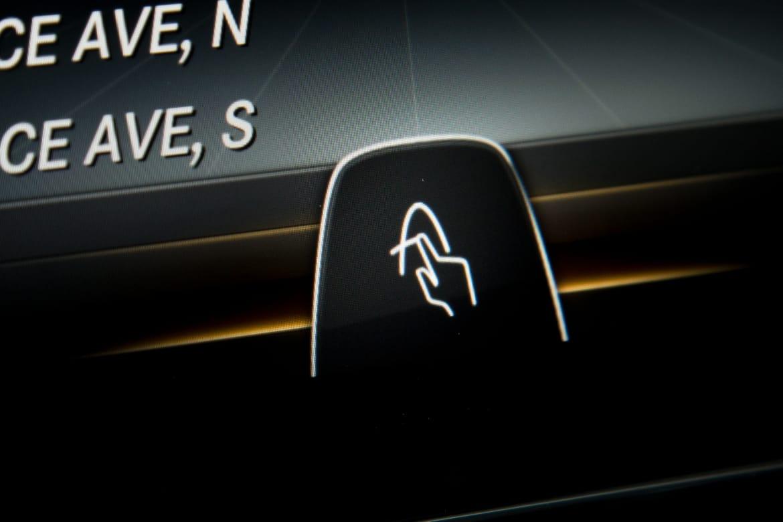15Mercedes-Benz_C300_CARSCOM_ES_69.jpg