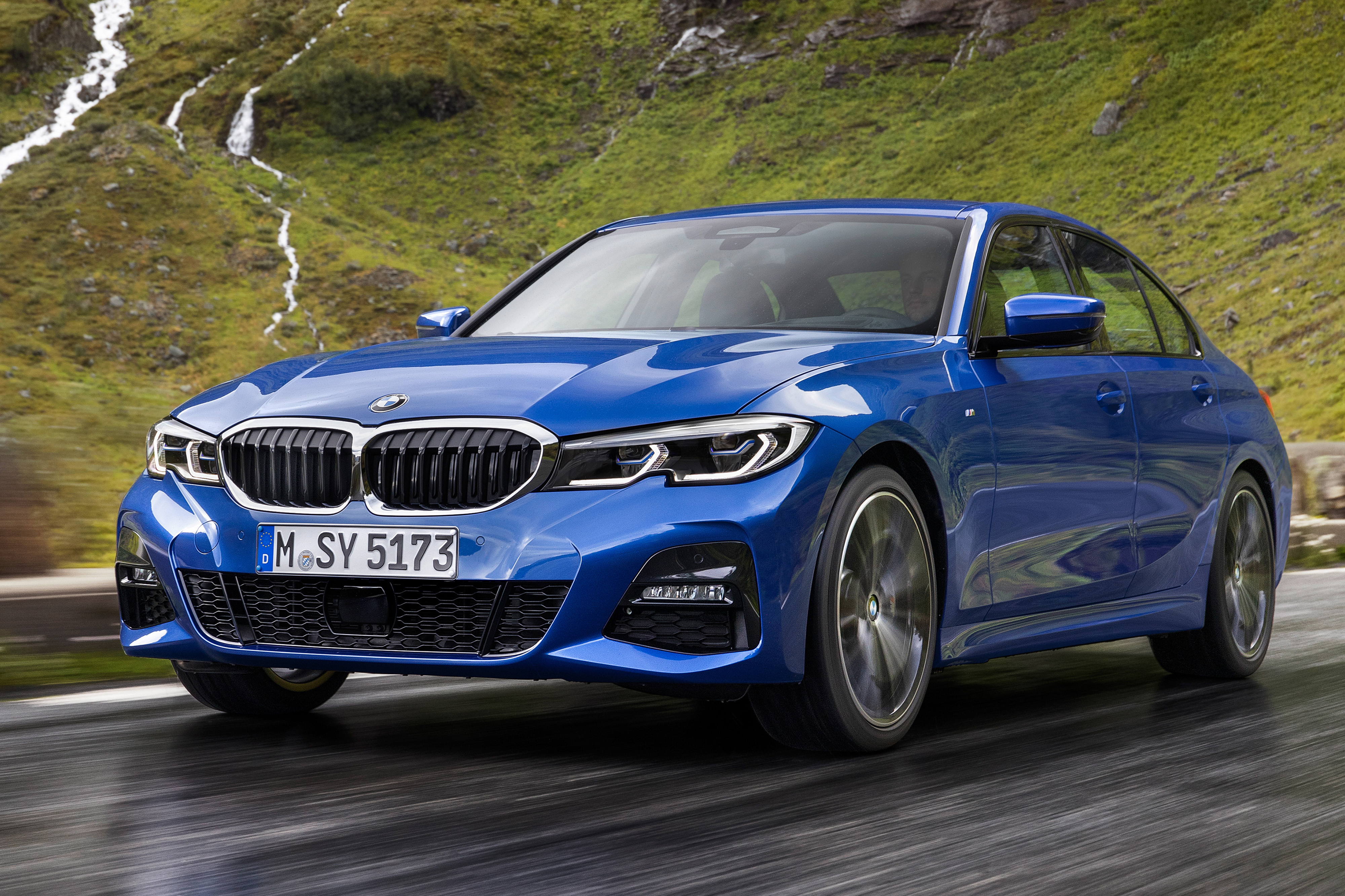 Series Sedan >> 2019 Bmw 3 Series Sedan Slays Safety Ratings News Cars Com