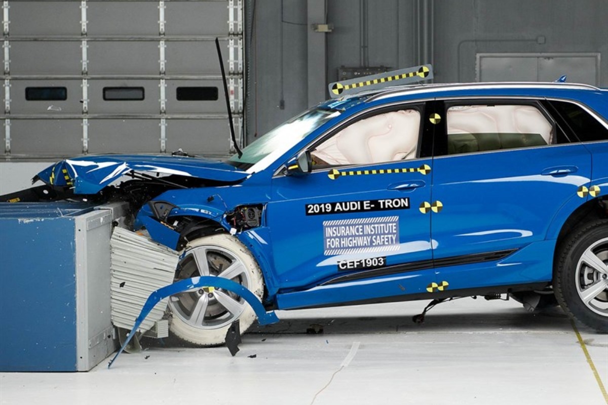 2019 Audi e-tron Earns Asterisk-Free Top Crash Test Honor