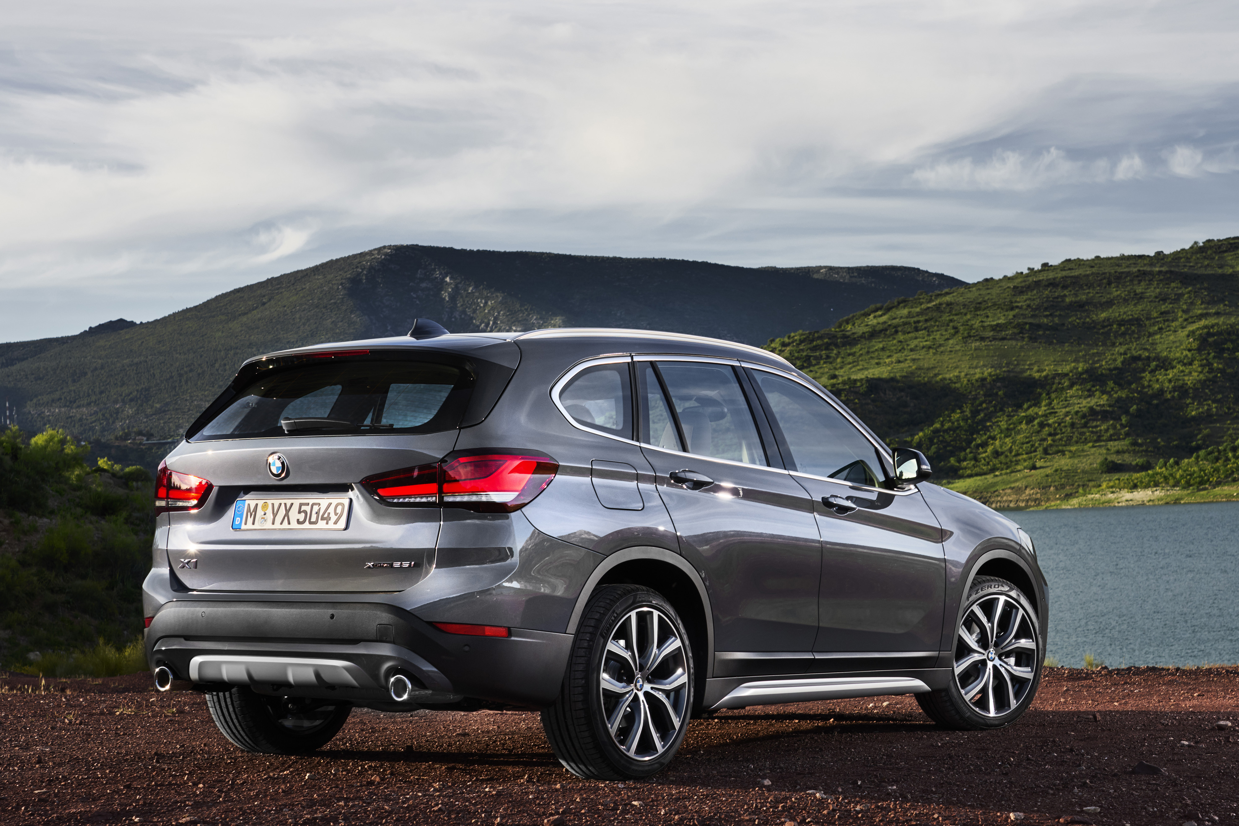 Updated 2020 BMW X1 Takes on Family Resemblance With Big Kidney ...