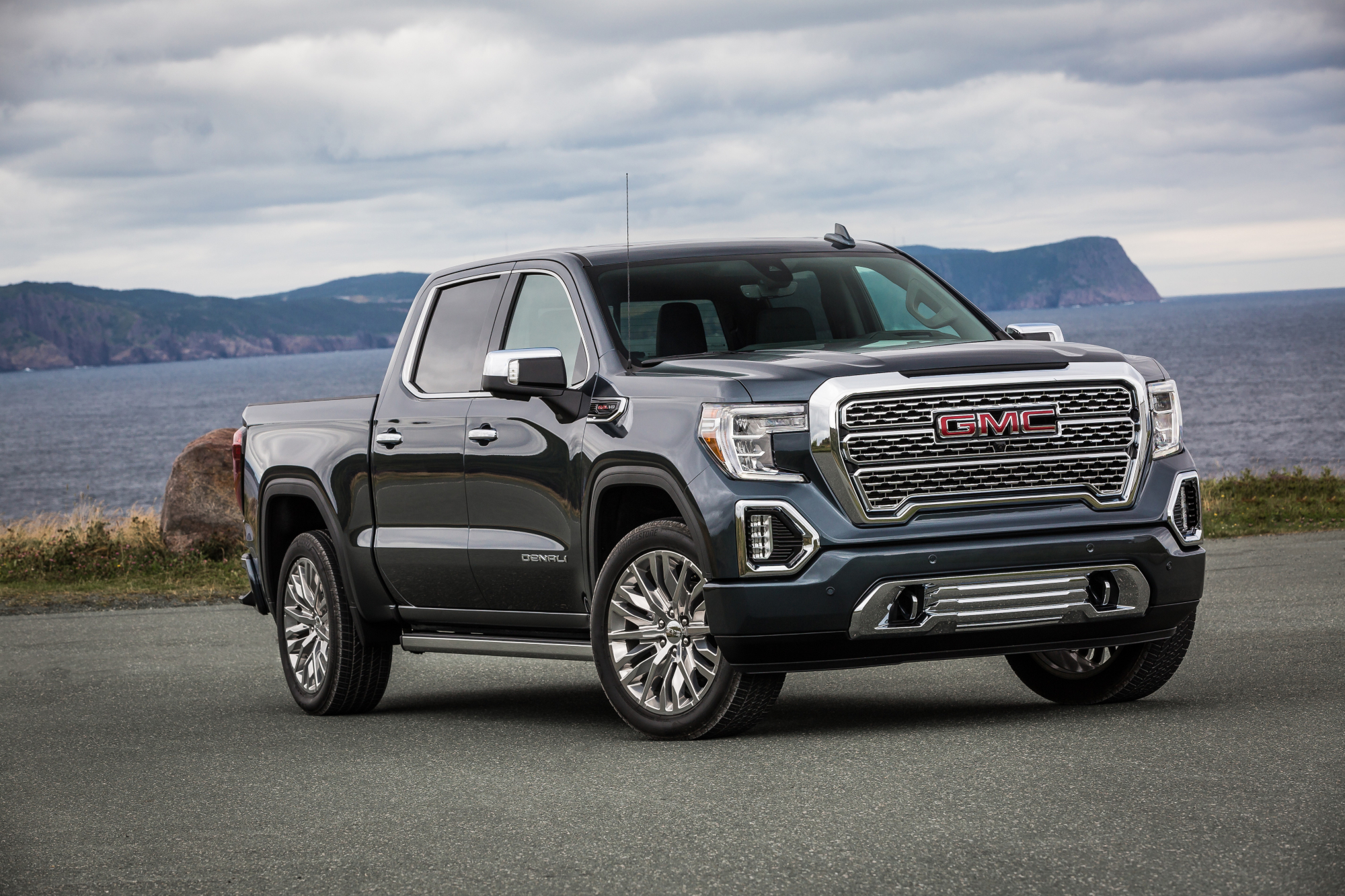 What S New With Gmc For 2020 News Cars Com