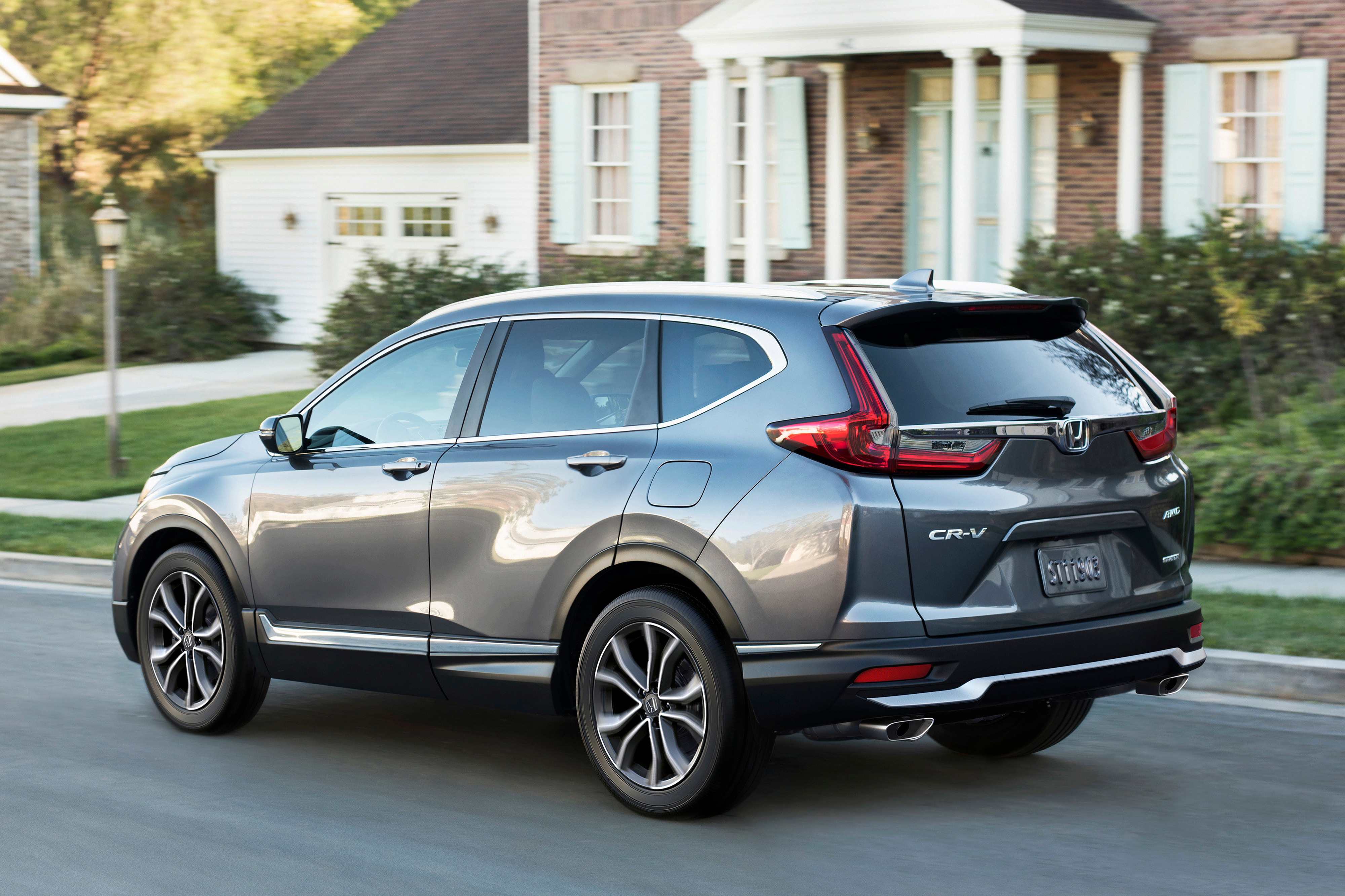 How Do Car Seats Fit in a 2020 Honda CR-V?
