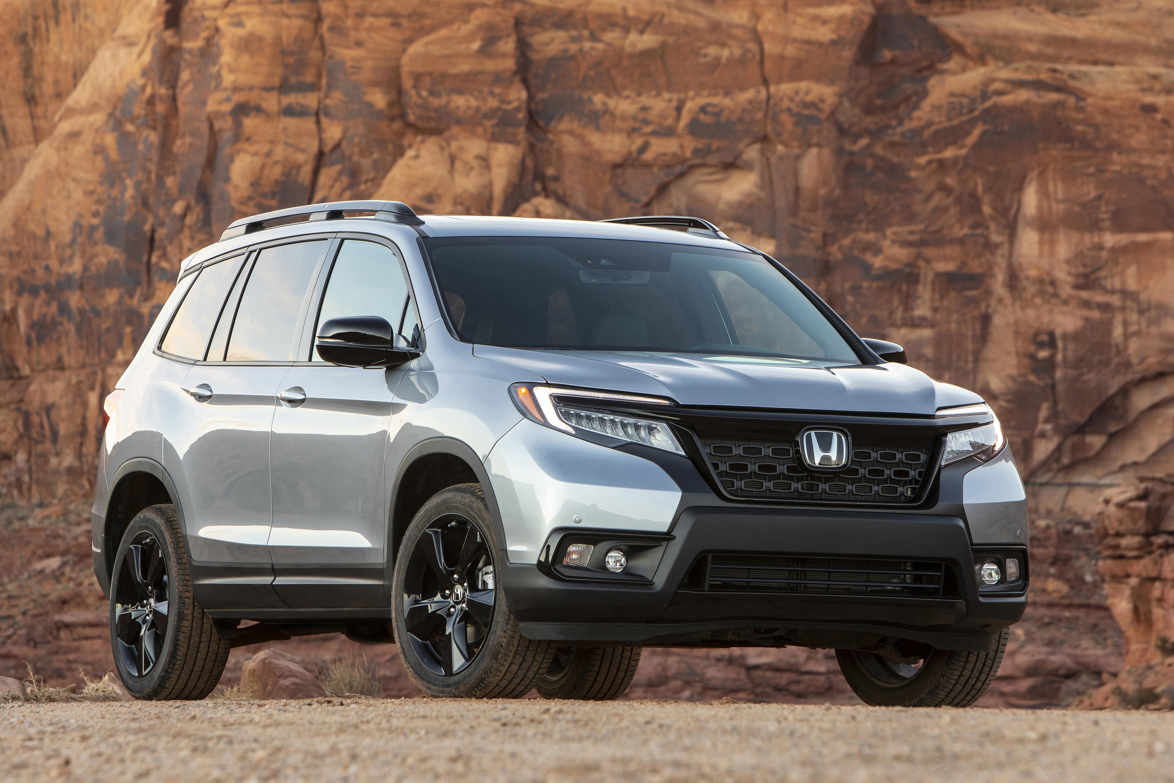 Honda Passport: Which Should You Buy, 2019 or 2020? via @carsdotcom