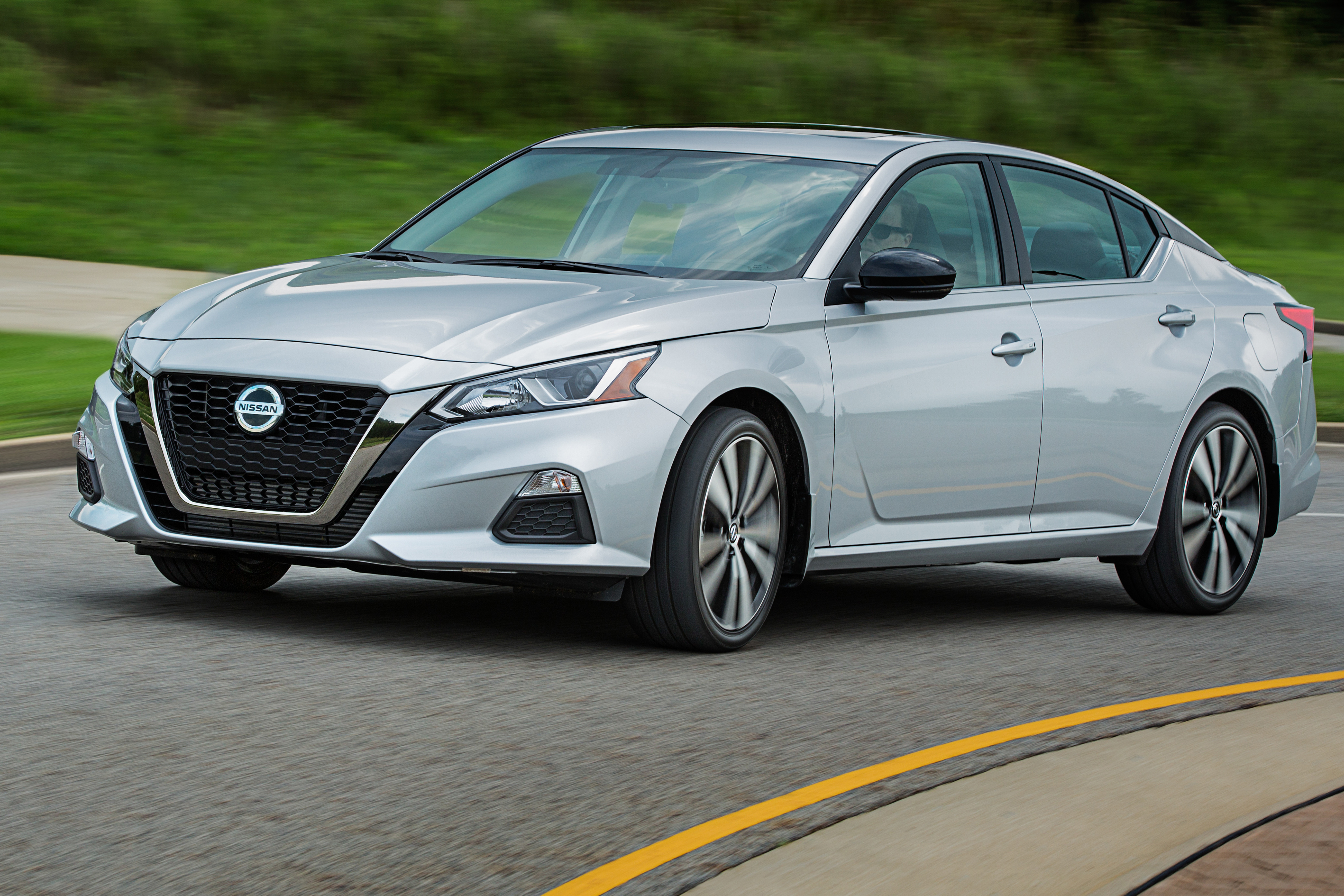 2020 Nissan Altima Gets Small Price Bump, Expanded Safety Tech