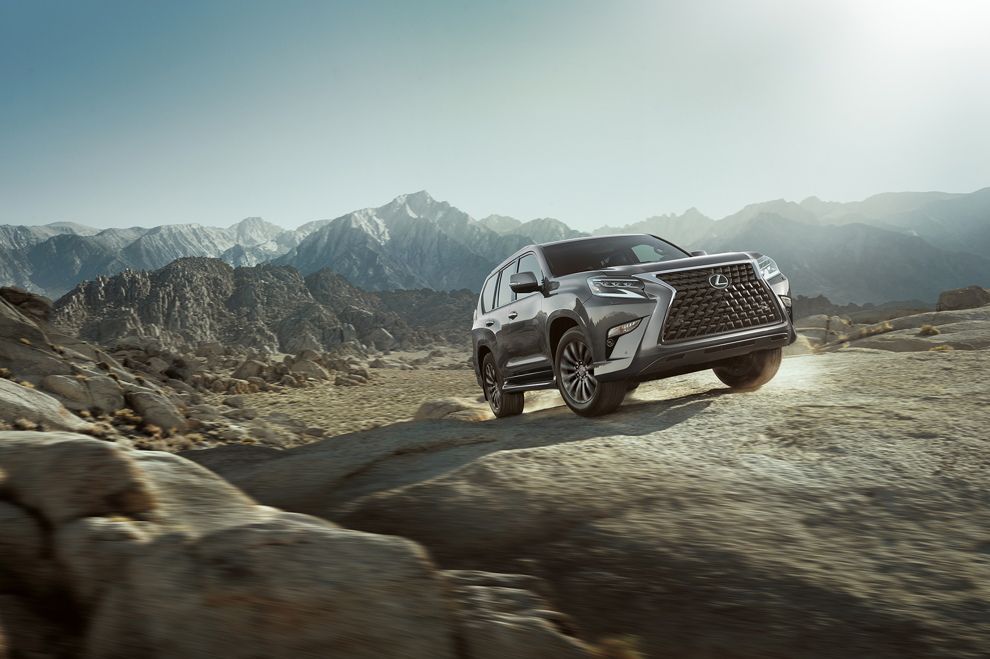 2020 Lexus GX 460 Remains Refreshingly Resistant to Change