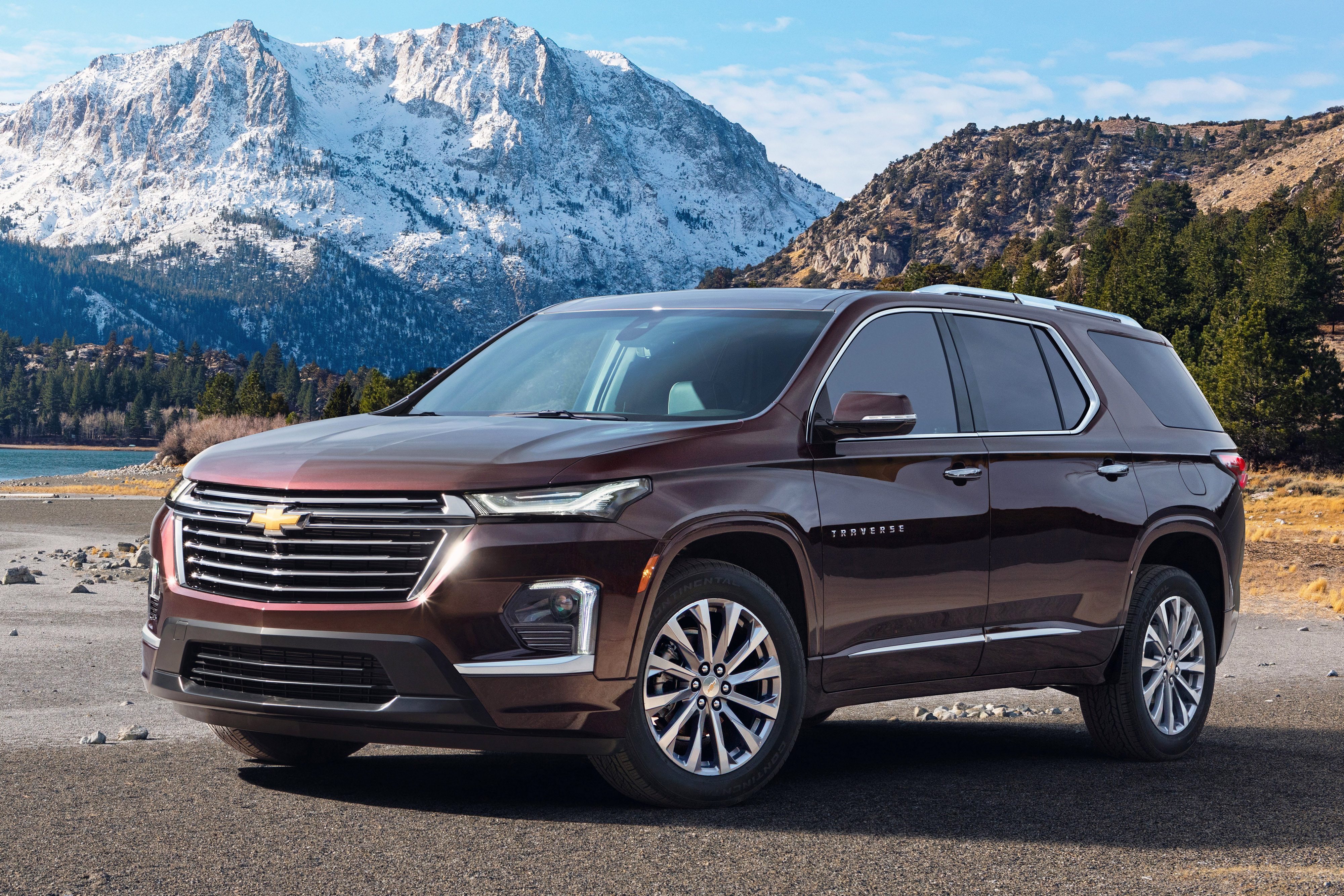 Refreshed Chevy Traverse Takes Safer Route Into 2021