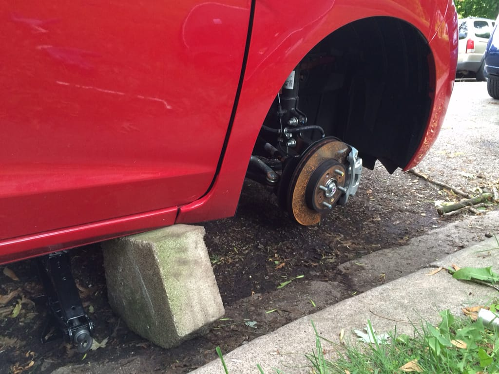 New Used Tires Wheels Rims In Orlando Fl Er Tire >> 5 Ways To Foil Wheel Theft News Cars Com