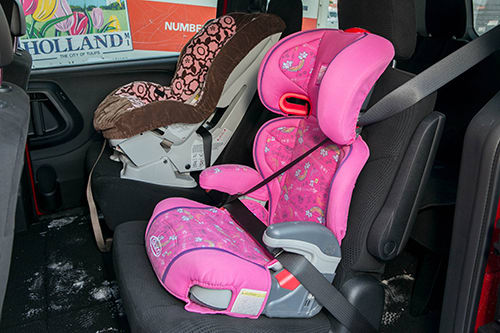 Admirable 2014 Dodge Grand Caravan Car Seat Check News Cars Com Ncnpc Chair Design For Home Ncnpcorg