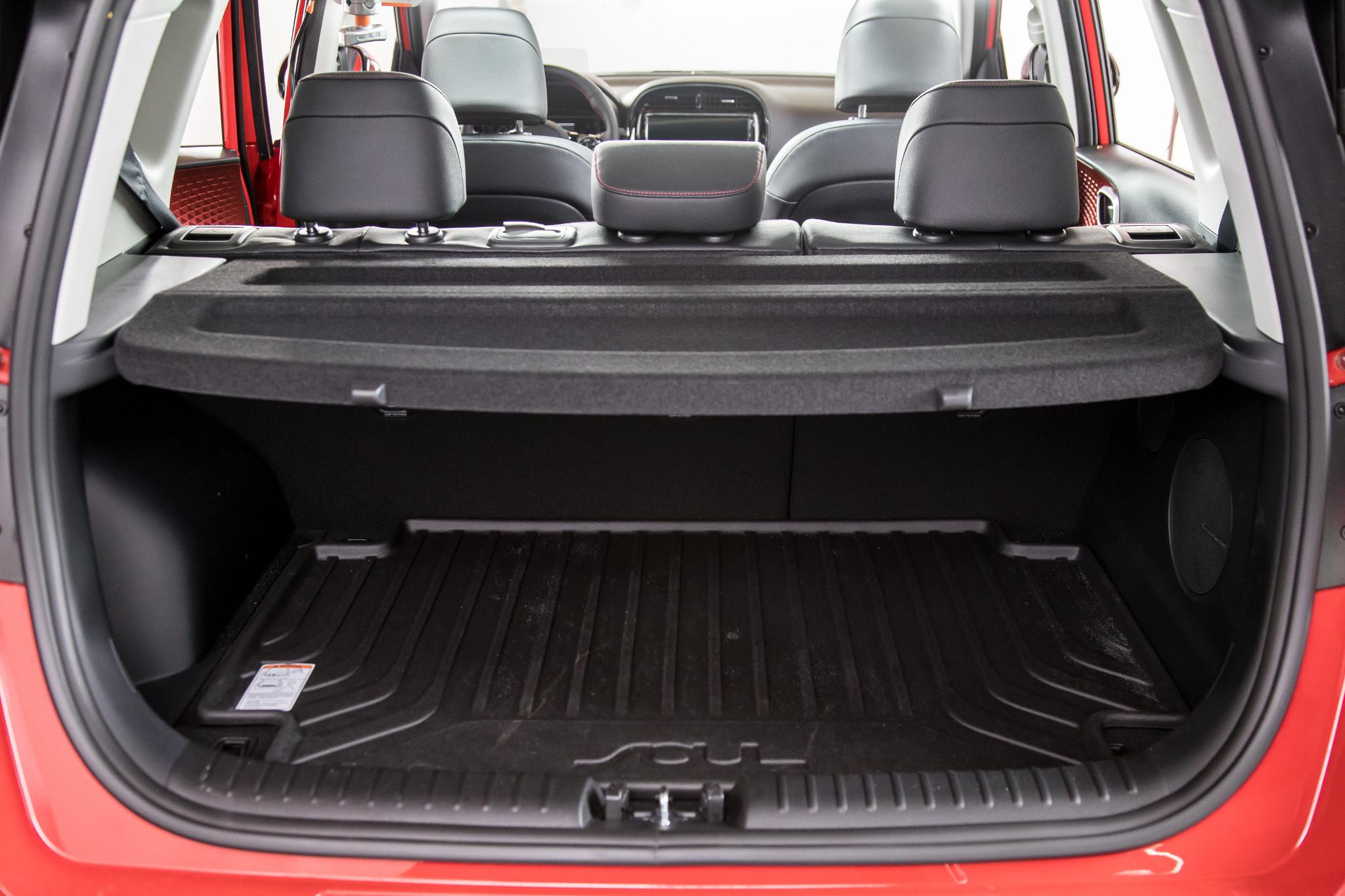 37-kia-soul-2020-interior--trunk.jpg