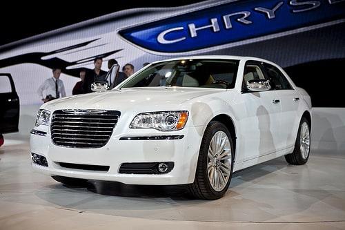 Chrysler 300 Mpg >> 2011 Chrysler 300 To Get 30 Mpg With Eight Speed Transmission News