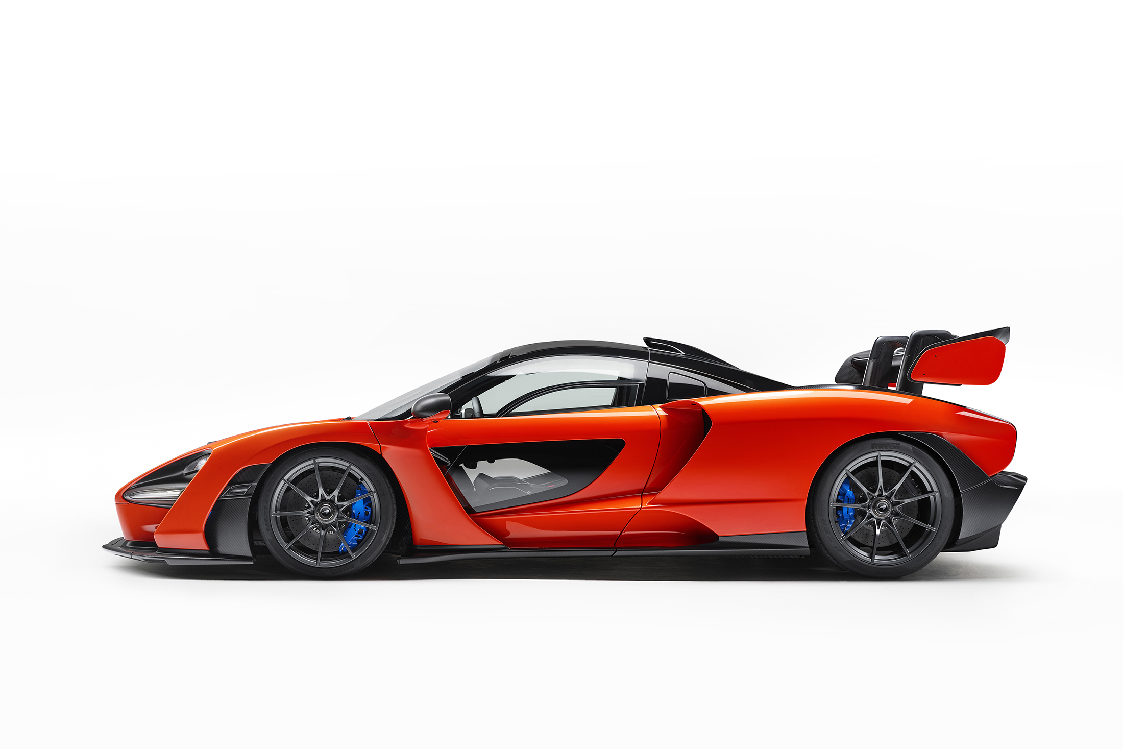 Large-8783-McLaren-Senna