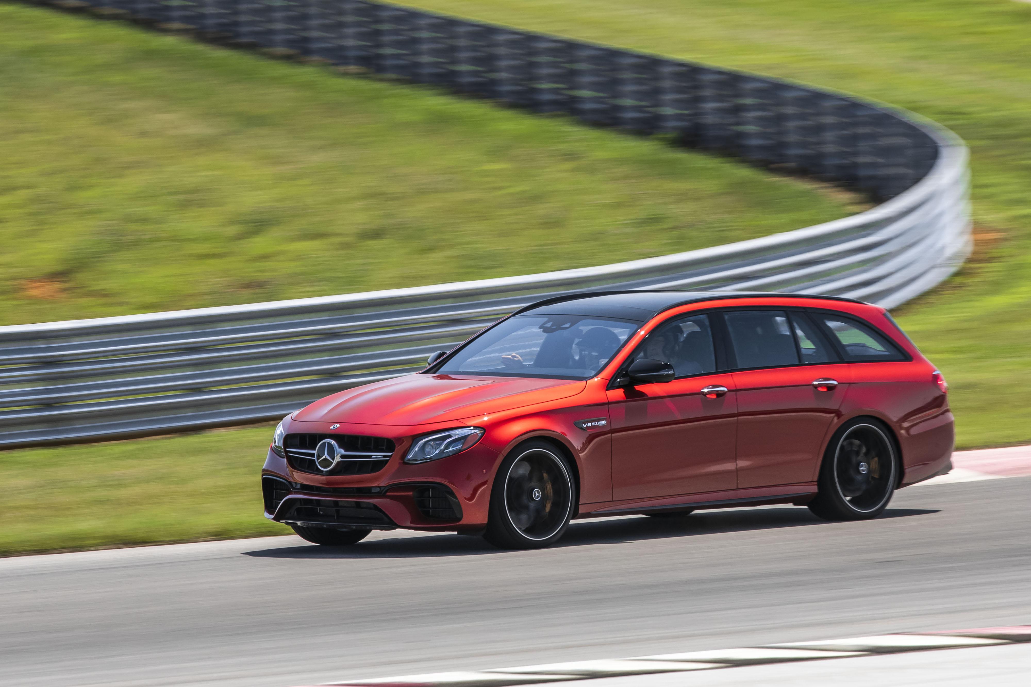 Mercedes-Benz-AMG-E63-S-wagon-2-OEM