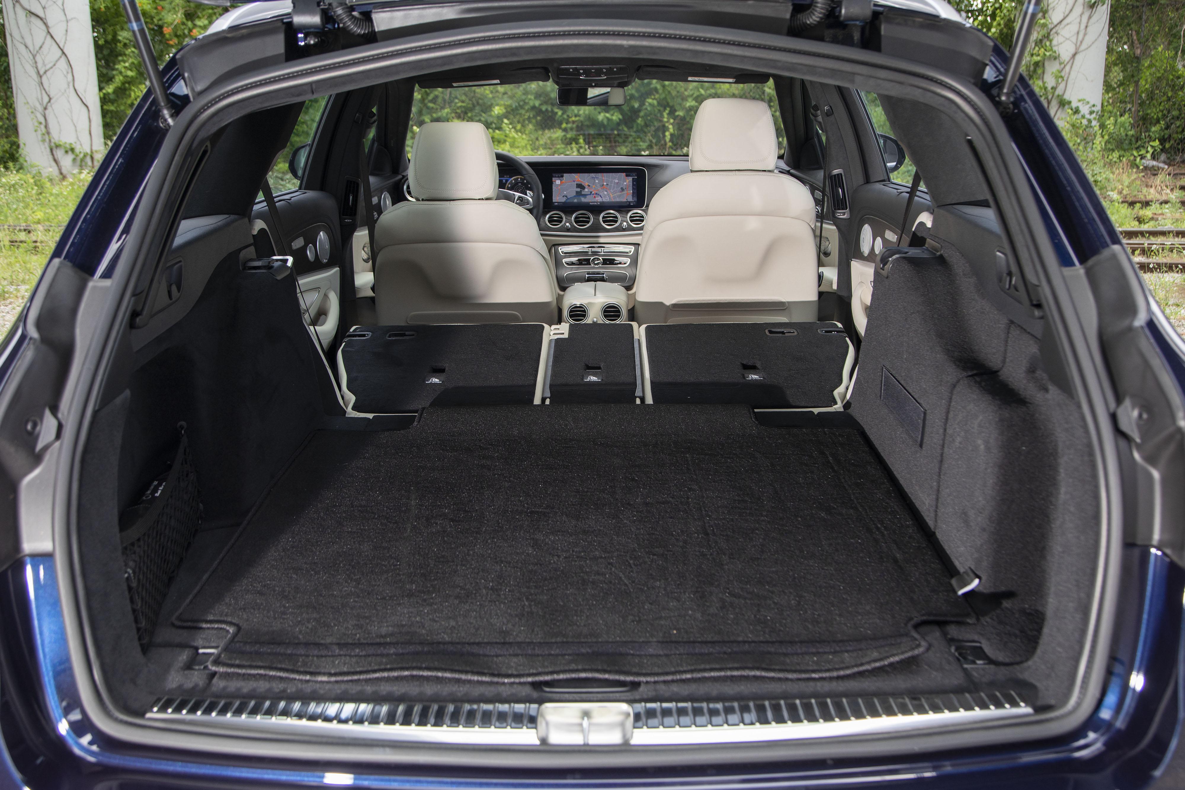 Mercedes-Benz-AMG-E63-S-wagon-3-OEM