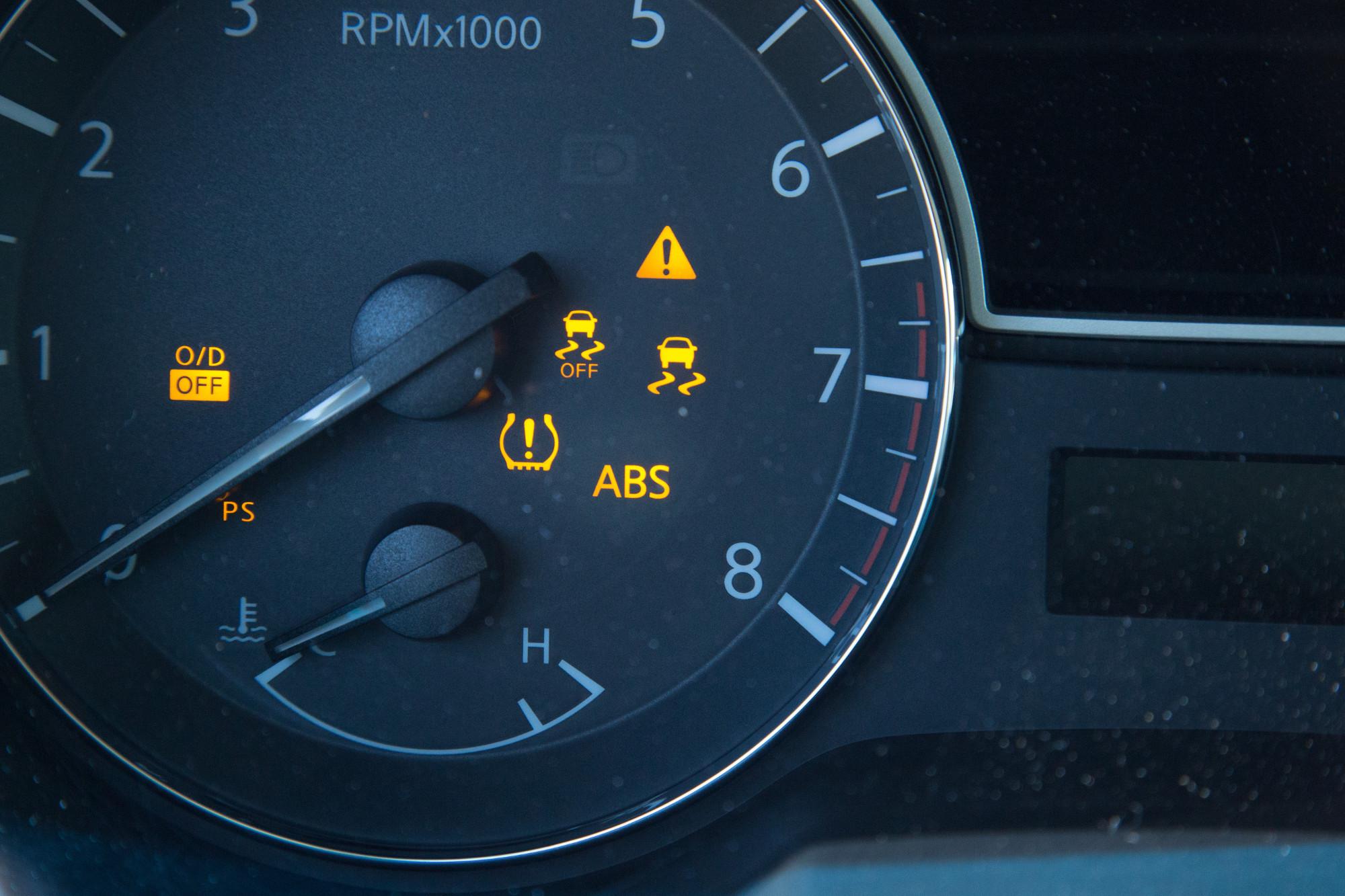 Tpms Light Honda Accord >> Do You Know What This Symbol Means News Cars Com