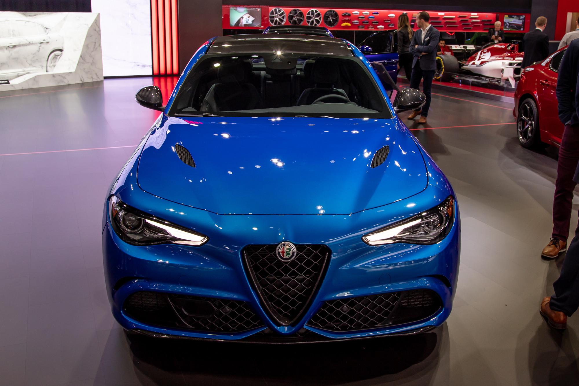 Alfa Romeo Tweaks 2020 Stelvio SUV and Giulia Sedan Just Right
