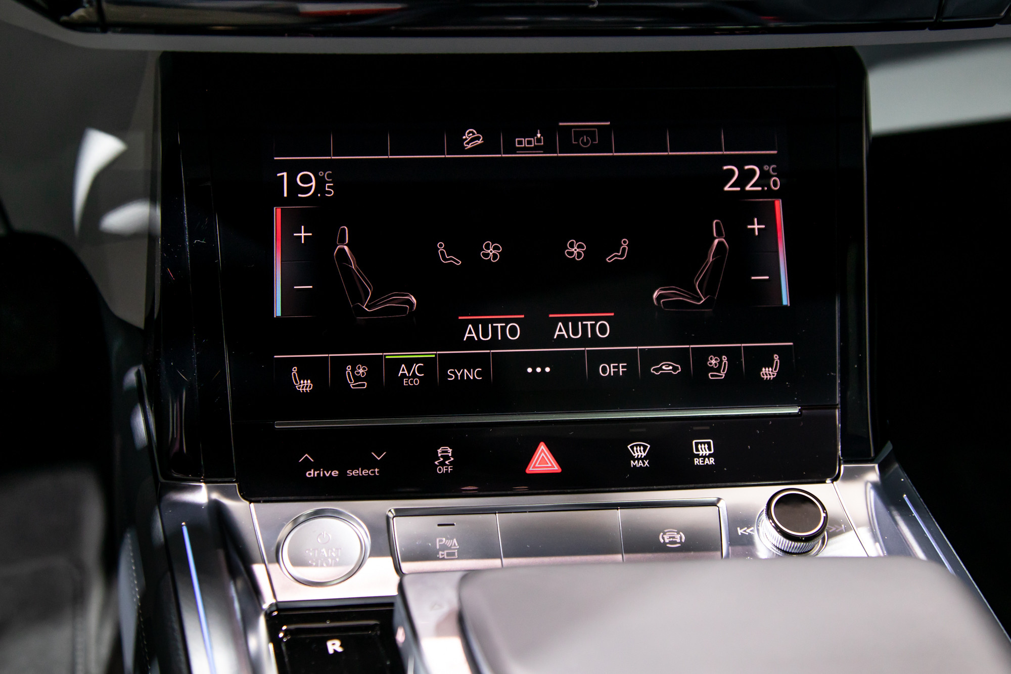 audi-e-tron-sportback-2020-15-center-stack-display--climate-control--interior.jpg