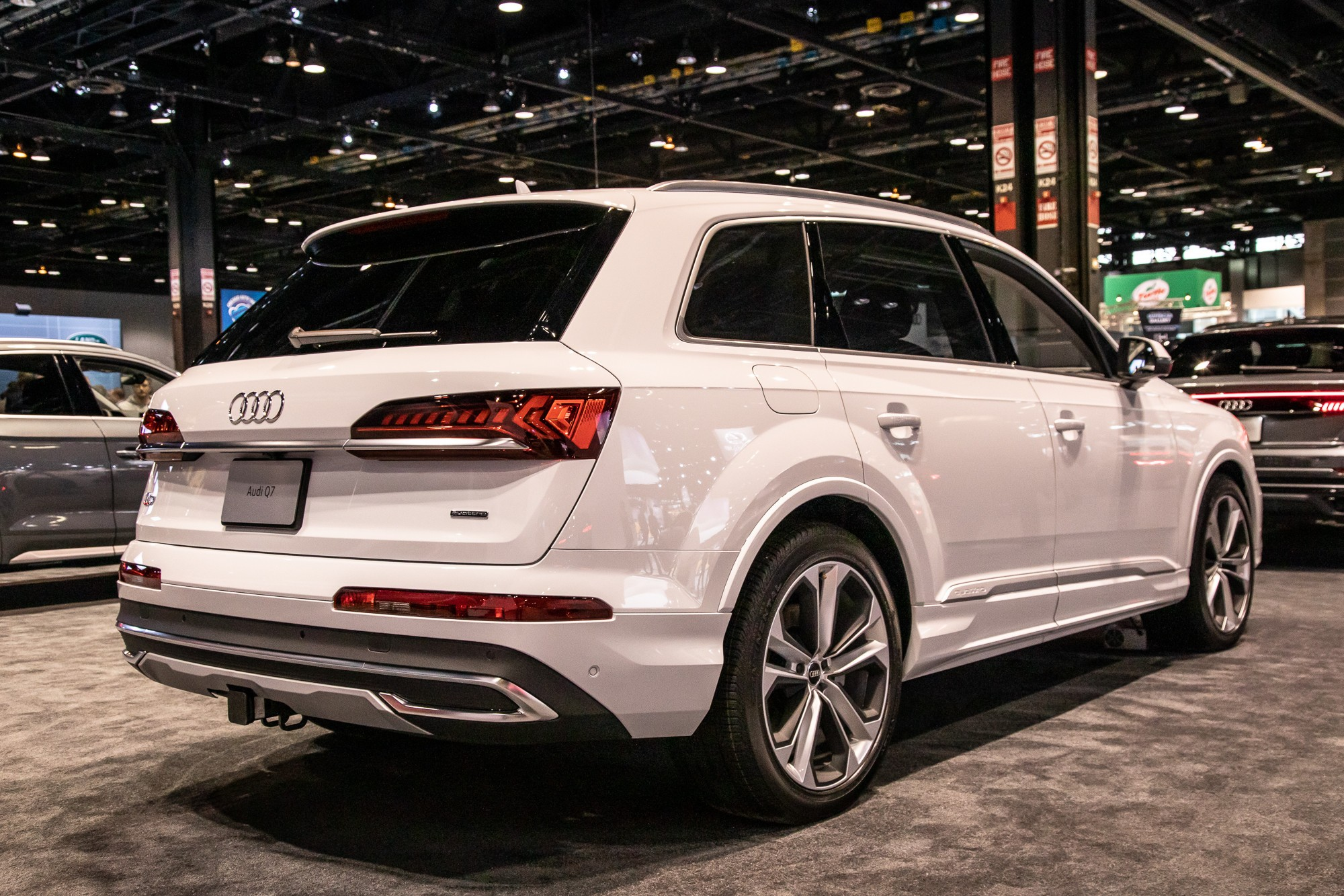 2020 Audi Q7 Gets Four Cylinder After All Lower Base Price And Worse Mpg News Cars Com