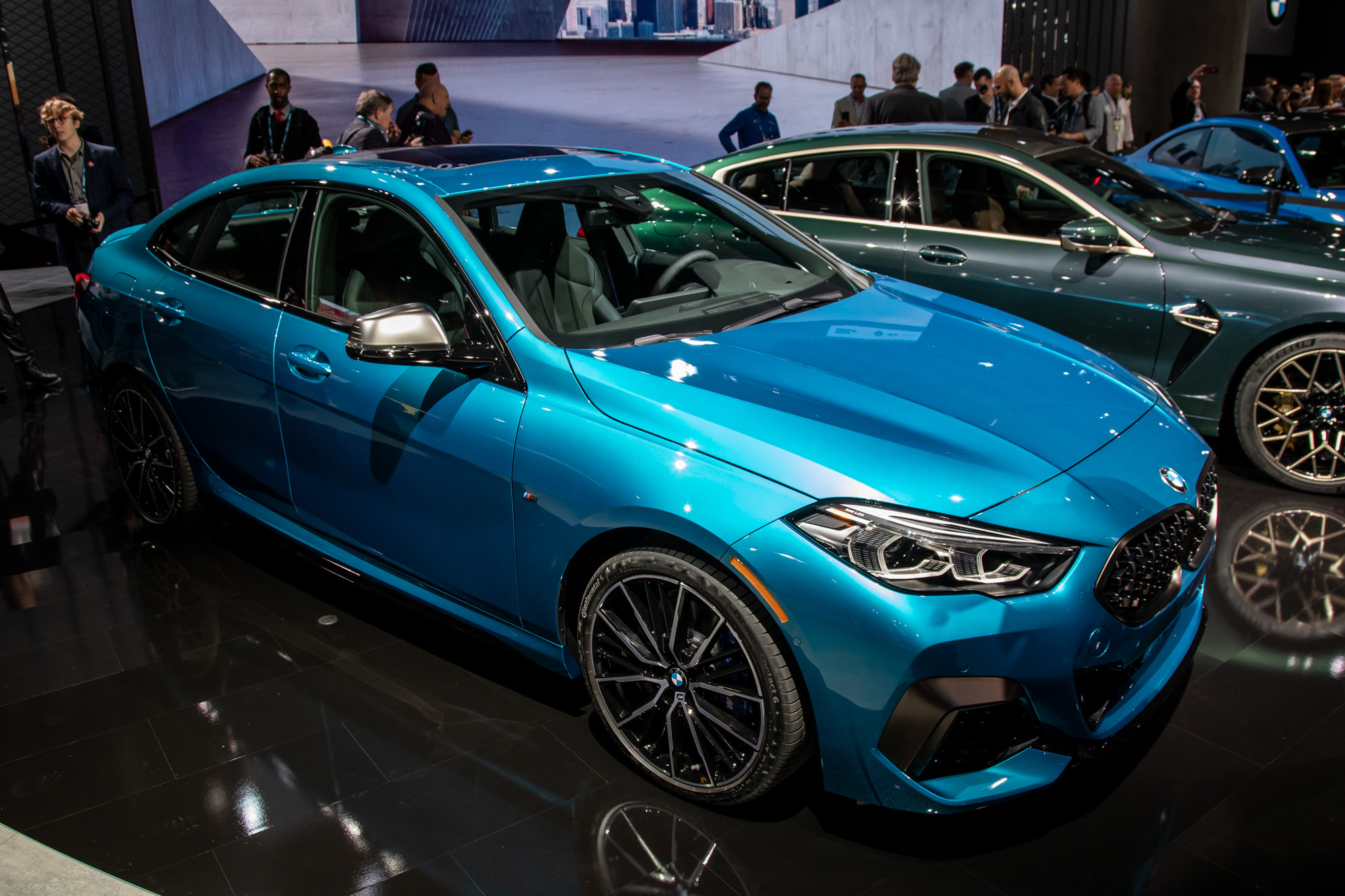 bmw-m235i-gran-coupe-2020-cl-01-exterior-blue.jpg
