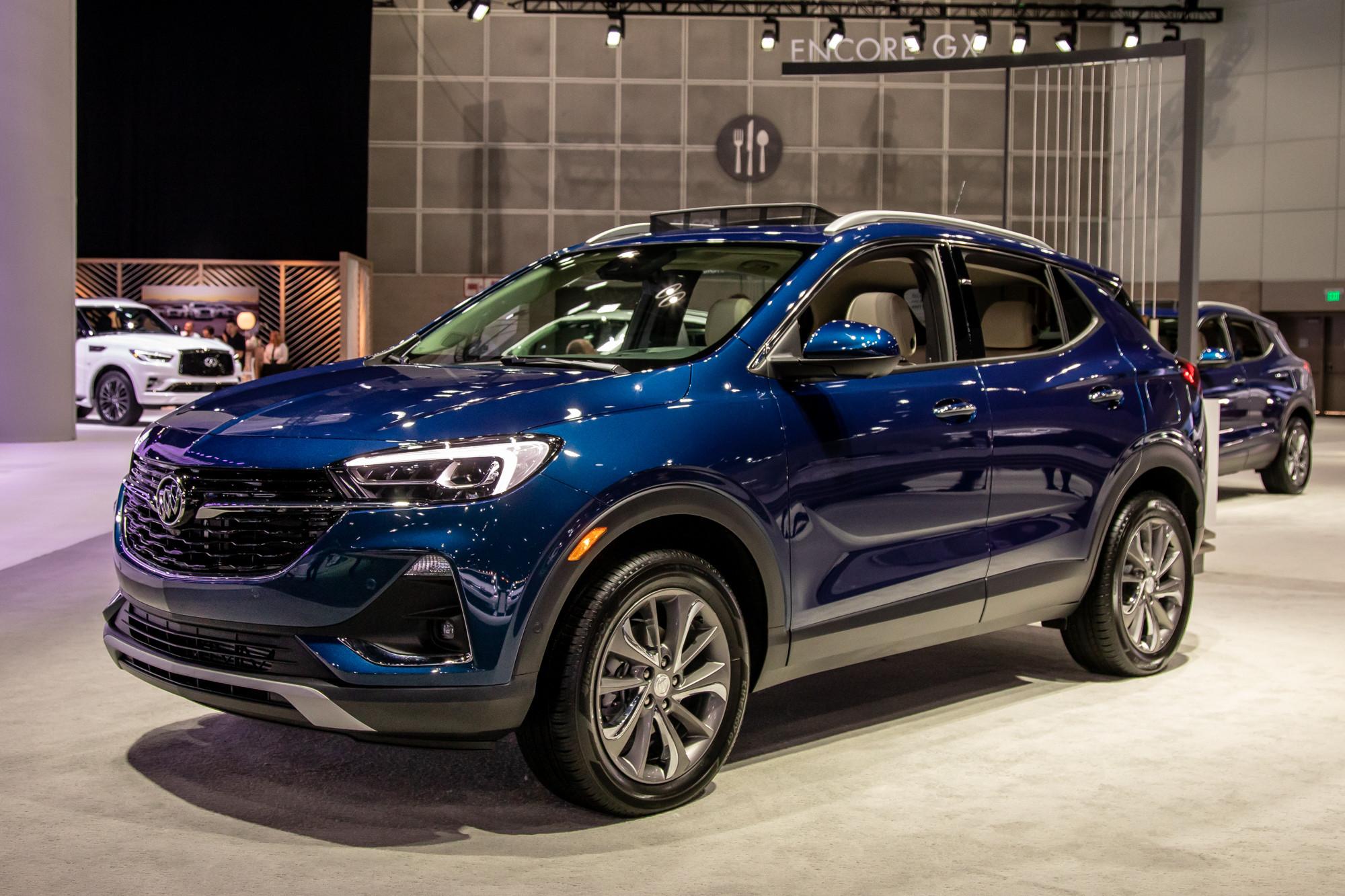 buick-encore-gx-2020-cl-01-exterior-blue.jpg