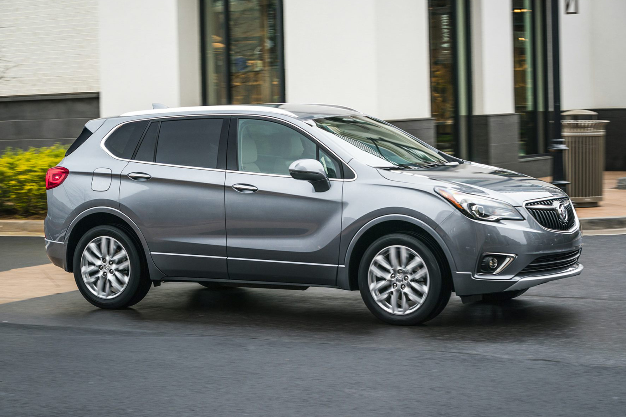 buick-envision-2020-exterior-front-three-quarter-oem