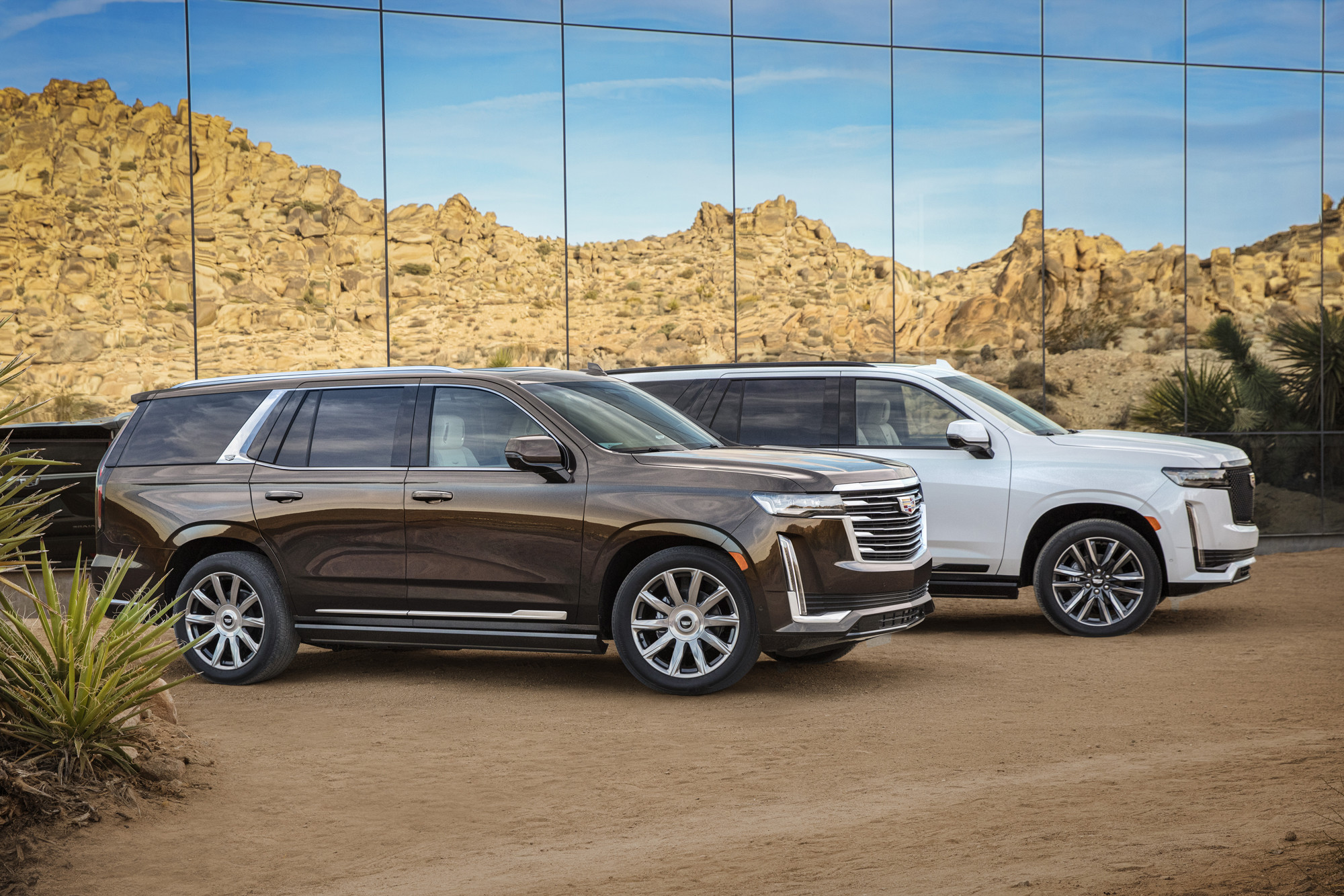 2021 Cadillac Escalade: Putting the Navigator on Notice
