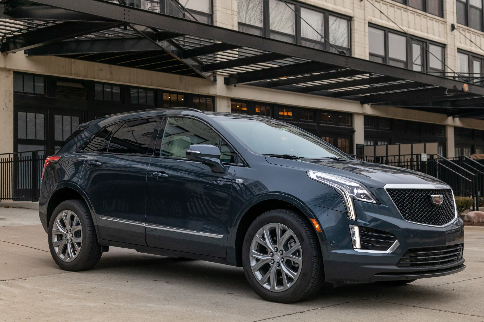 Is the 2020 Cadillac XT5's Updated CUE Any Better With Buttons?