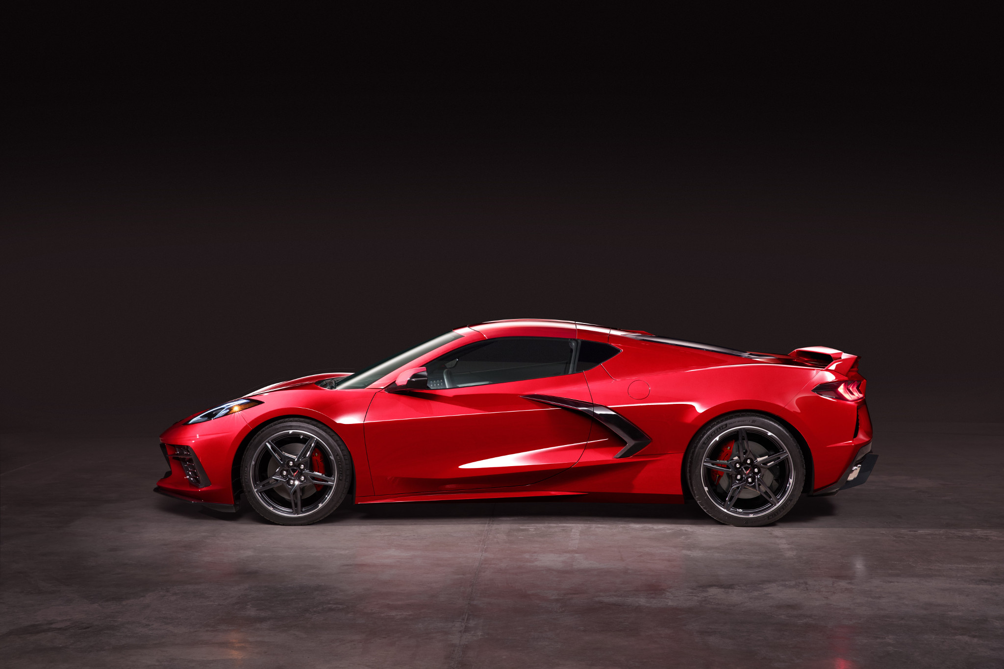 2020 Chevrolet Corvette Stingray: 8 Fast Facts About the Fastest Vette of All Time | News | Cars.com