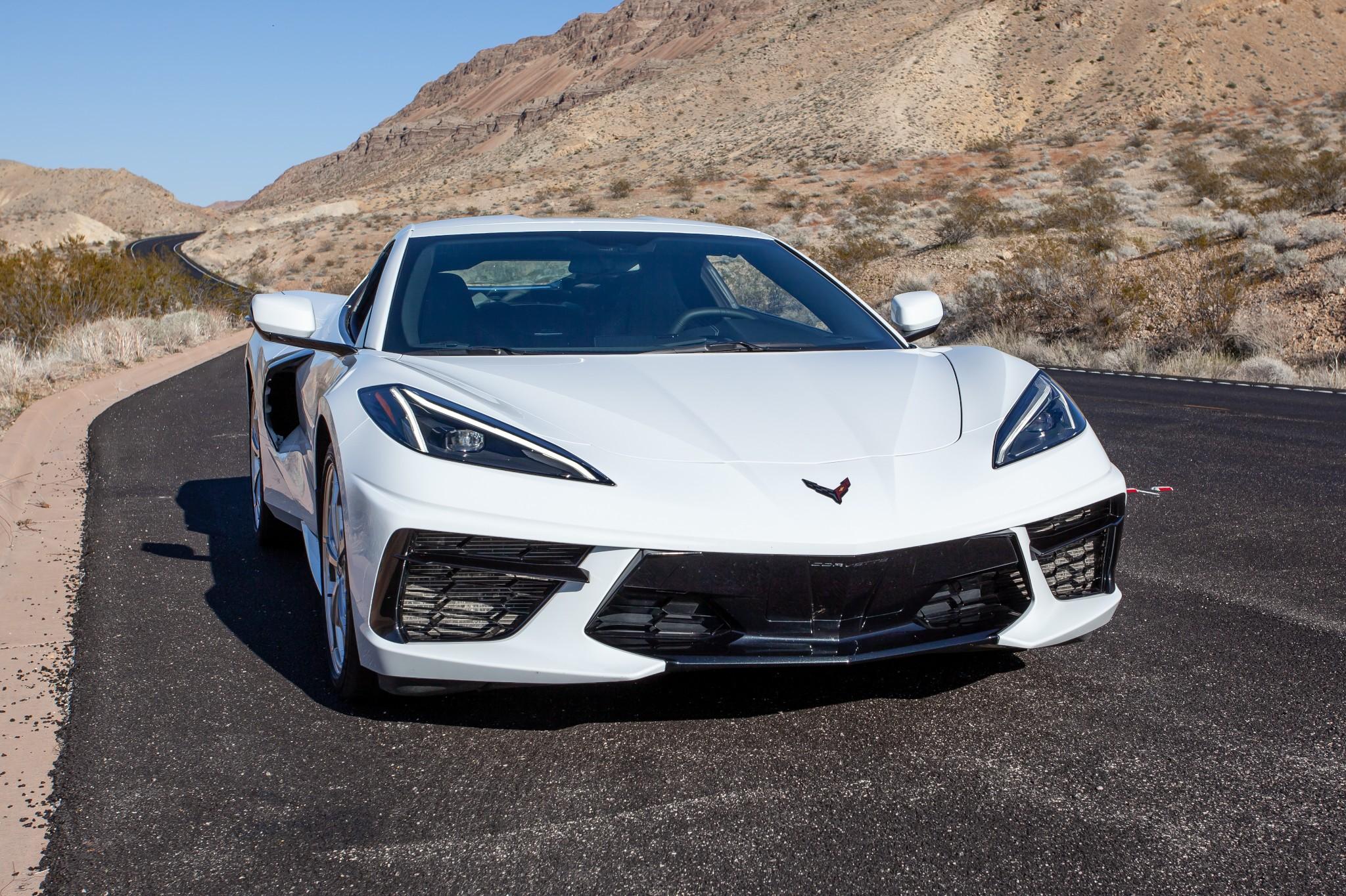 chevrolet-corvette-stingray-2020-4-angle--desert--exterior--front--grille--headlights--outdoors--white.jpg