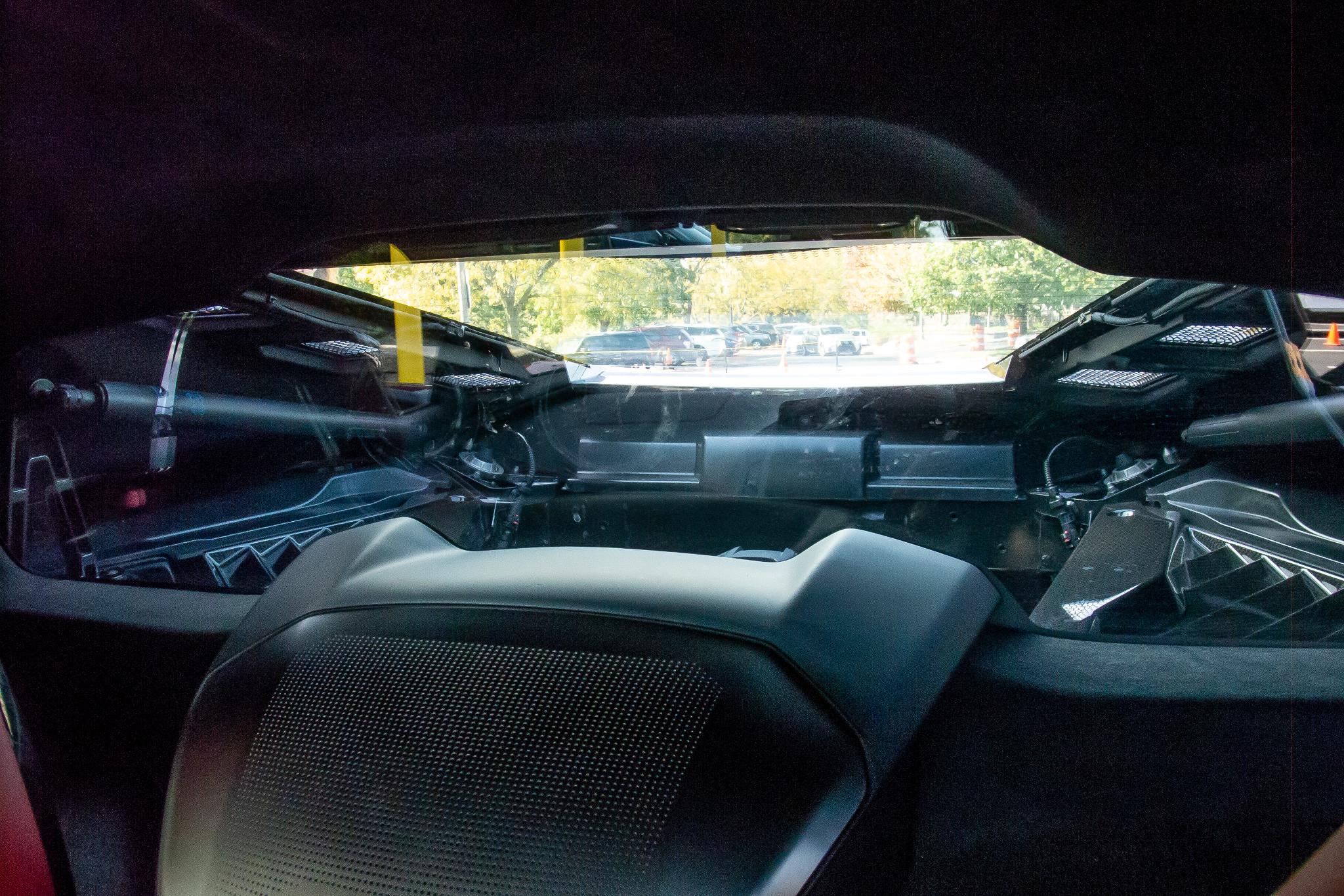 chevrolet-corvette-z51-2020-27-interior--visibility.jpg