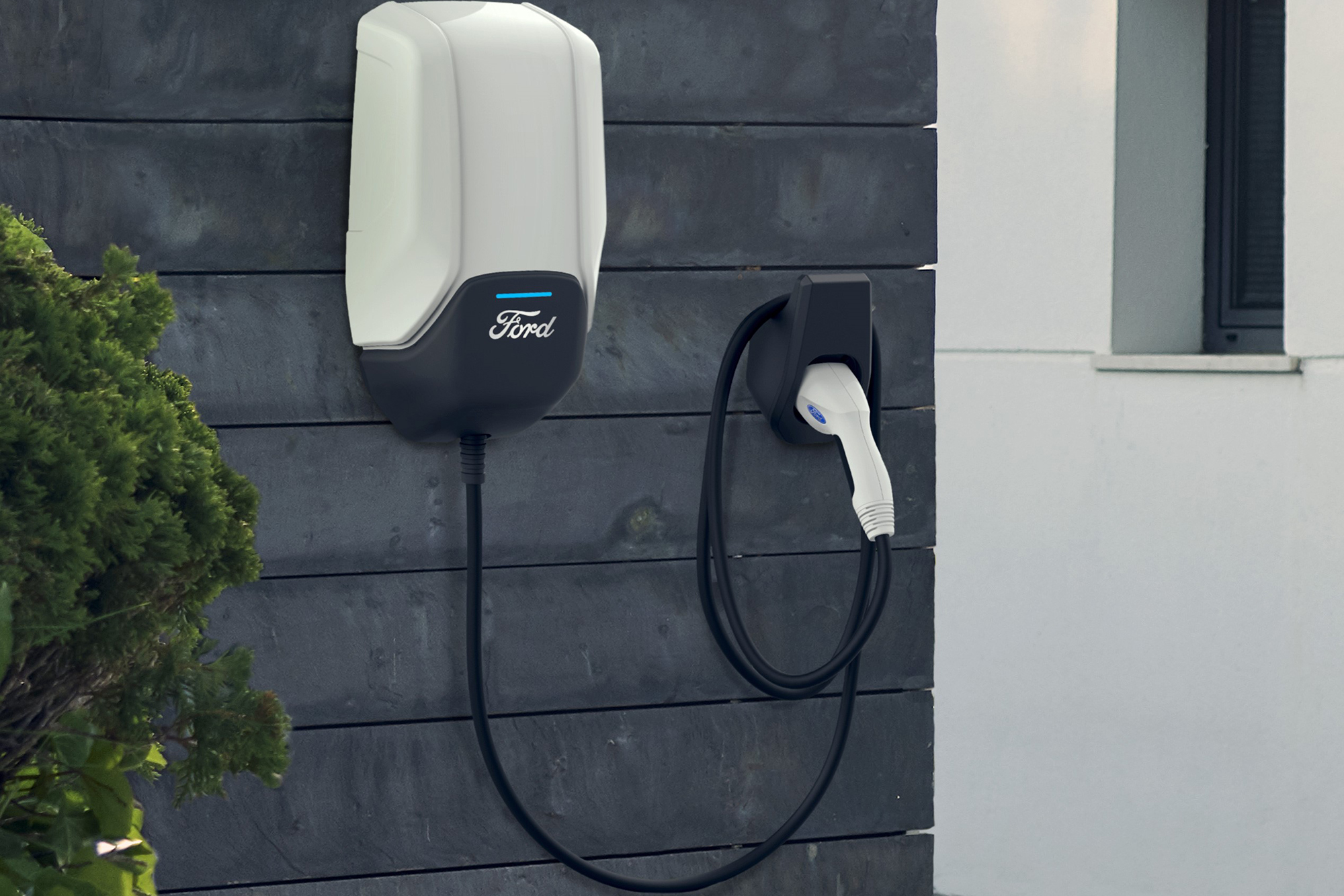 Ford Amps Electrification Plan, Improves Customer Charging Options
