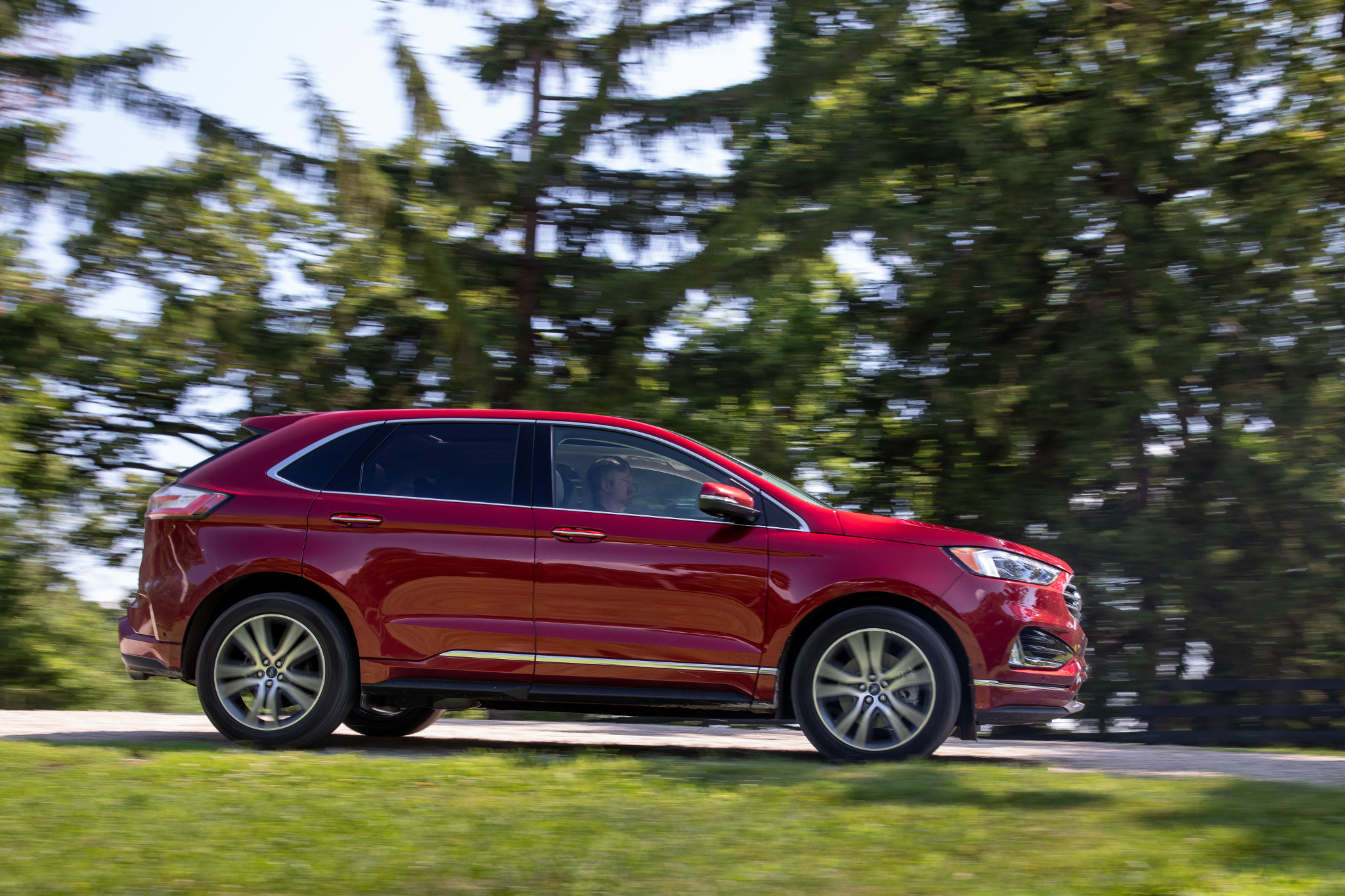 2019 Ford Edge Review: Solid, But the Shine Is Wearing Off